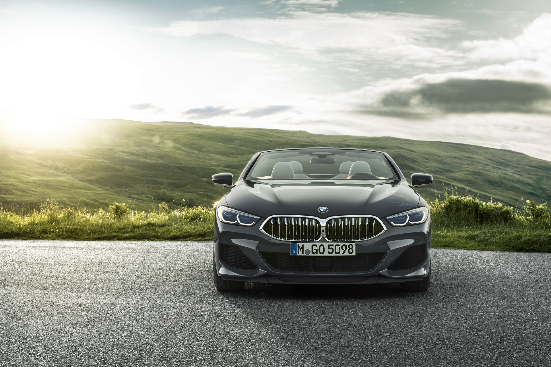 BMW 8 Series Convertible 2019 (36)