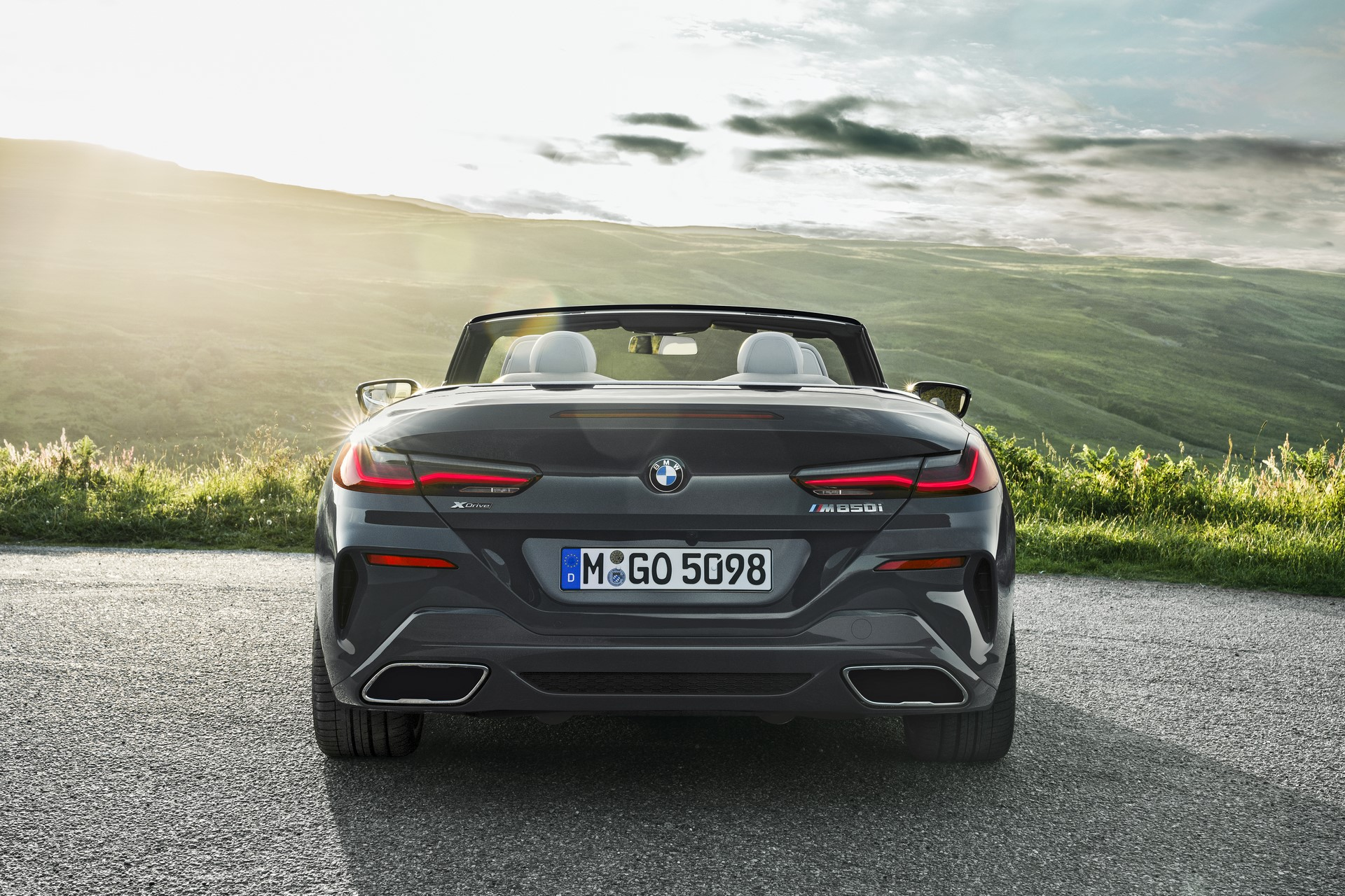 BMW 8 Series Convertible 2019 (42)