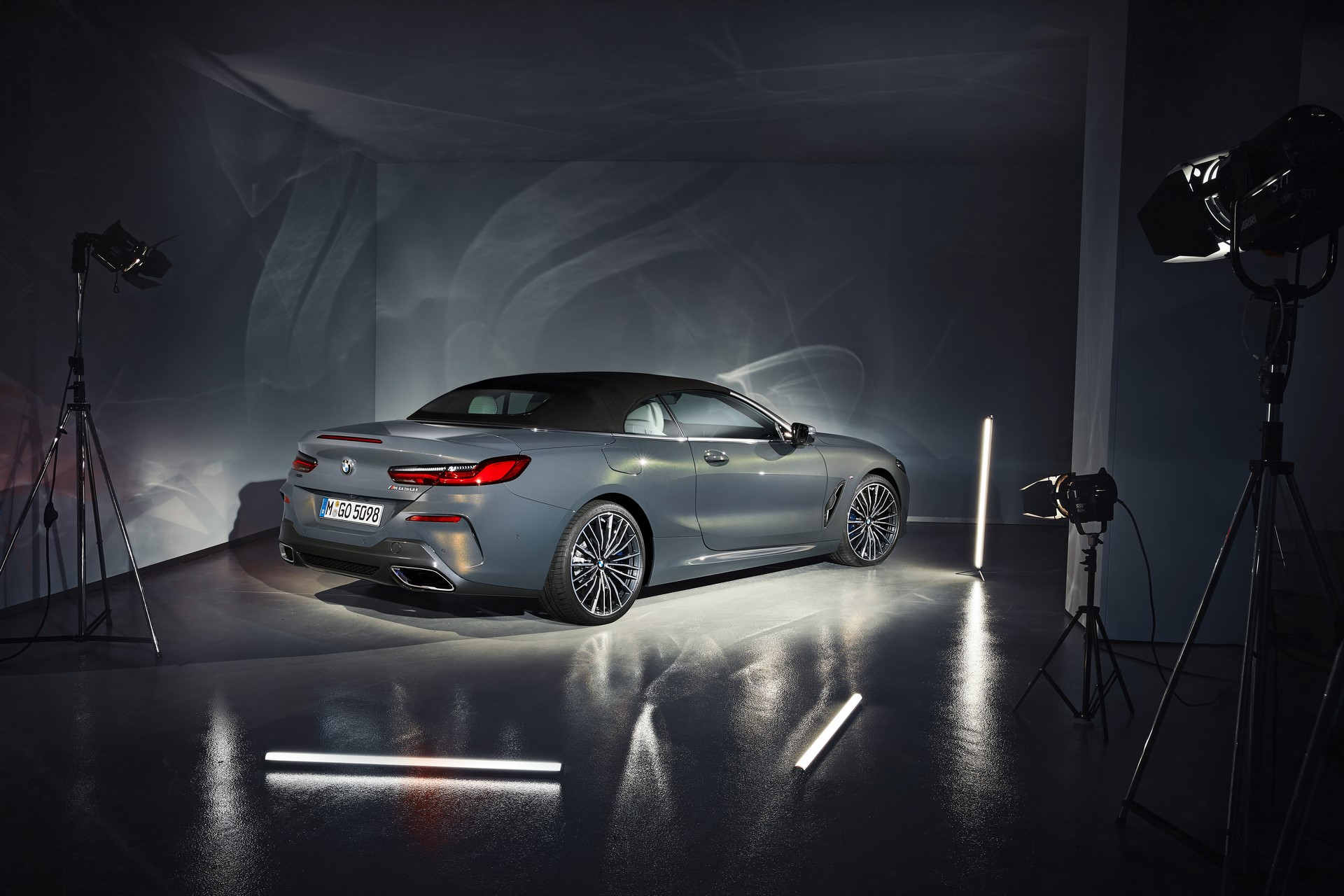 BMW 8 Series Convertible 2019 (50)