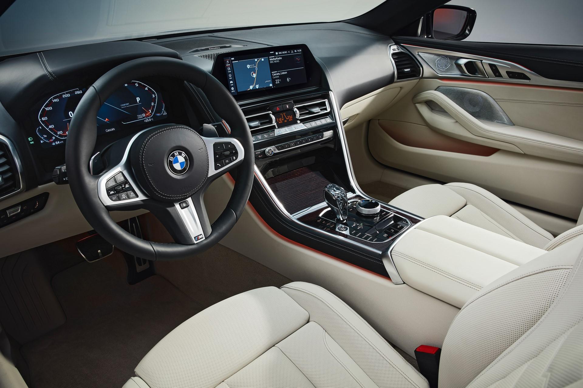 BMW 8 Series Convertible 2019 (64)
