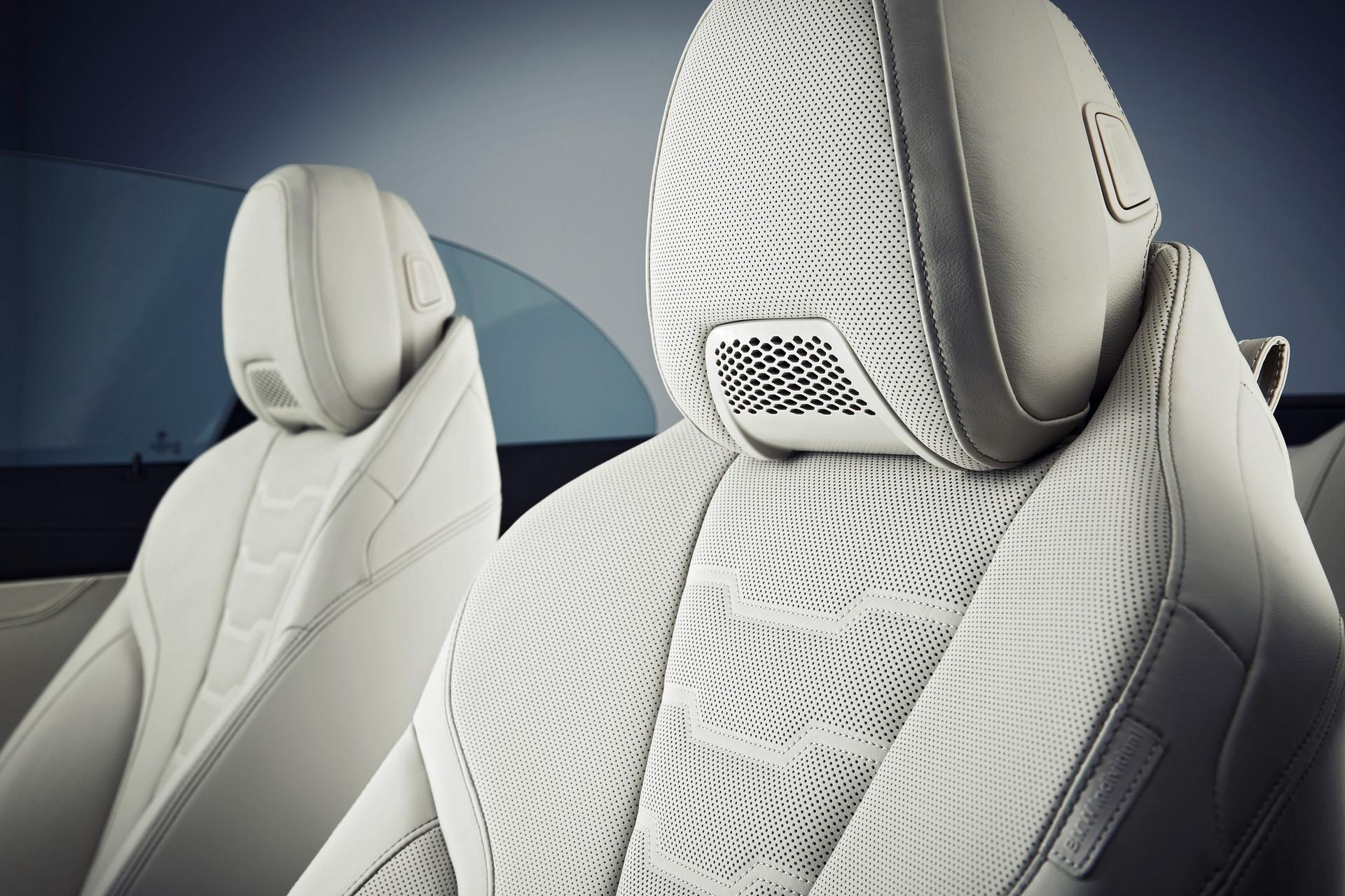 BMW 8 Series Convertible 2019 (68)
