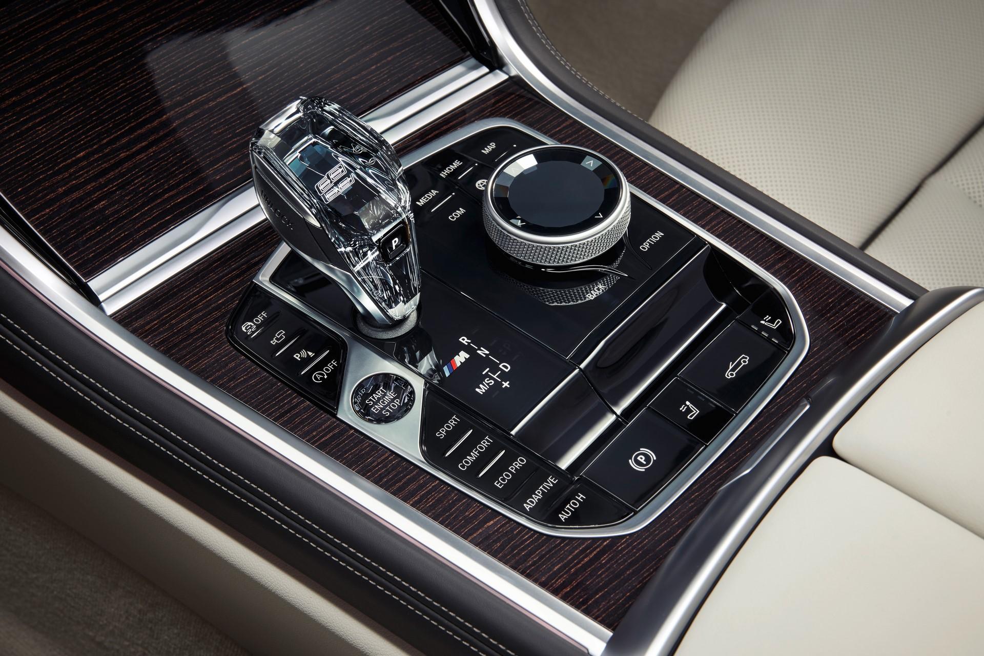 BMW 8 Series Convertible 2019 (75)