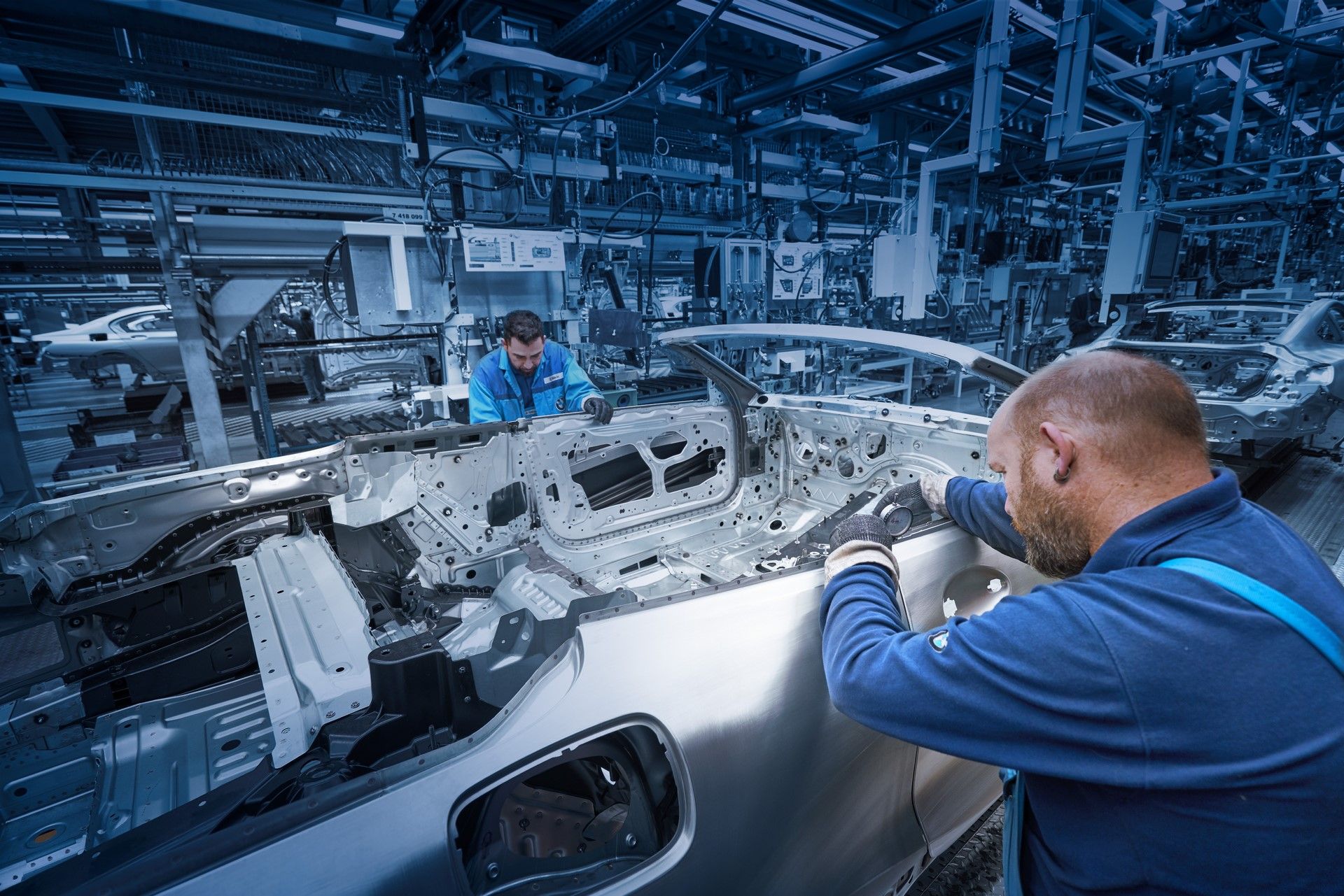 BMW 8 Series Convertible production starts (7)