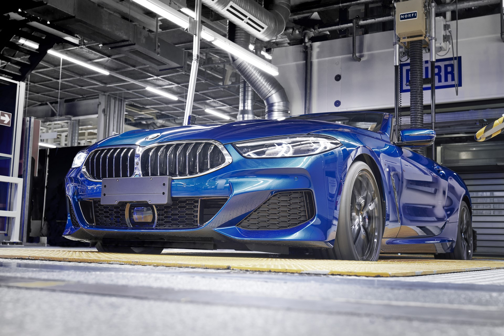 BMW 8 Series Convertible production starts (9)