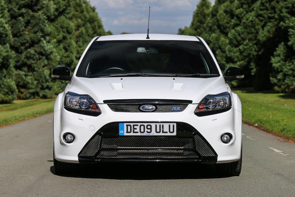 711f62ec-2009-ford-focus-rs-mk2-2