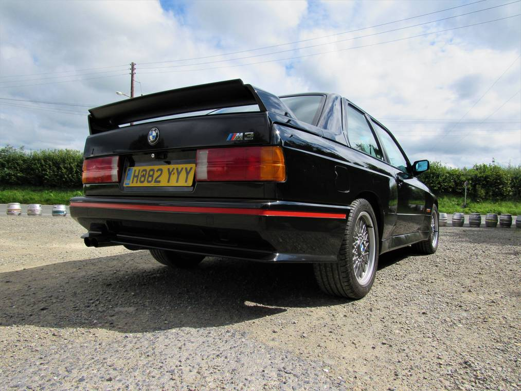 76306d5d-1991-bmw-m3-sport-evolution-13