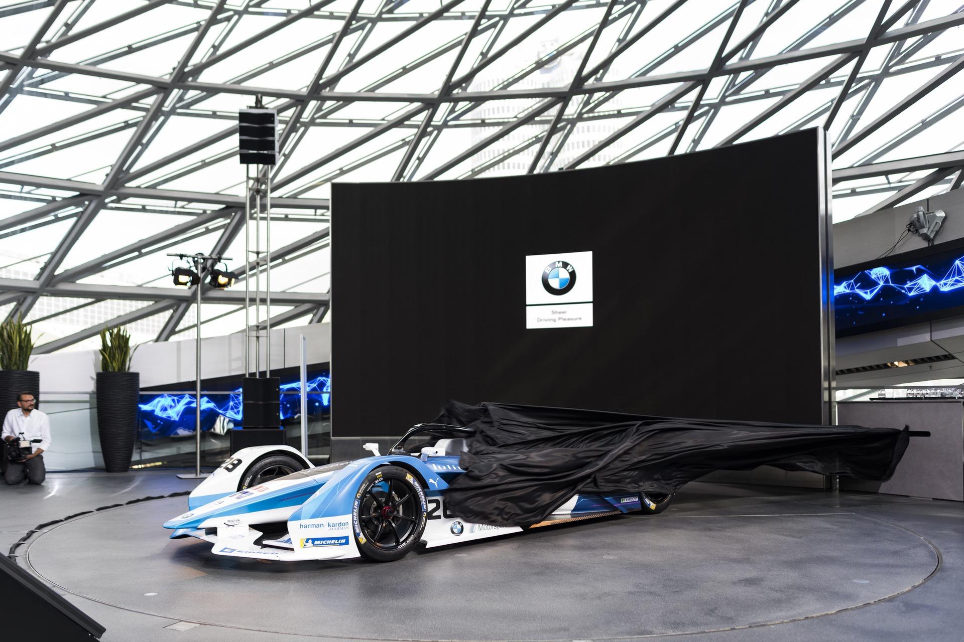 BMW_iFE18_0057
