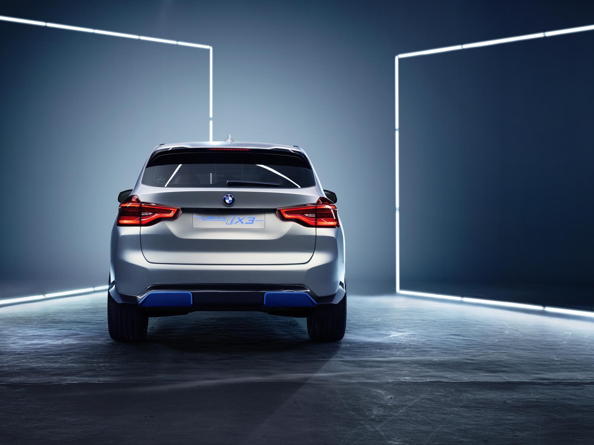 BMW_iX3_Concept_0002