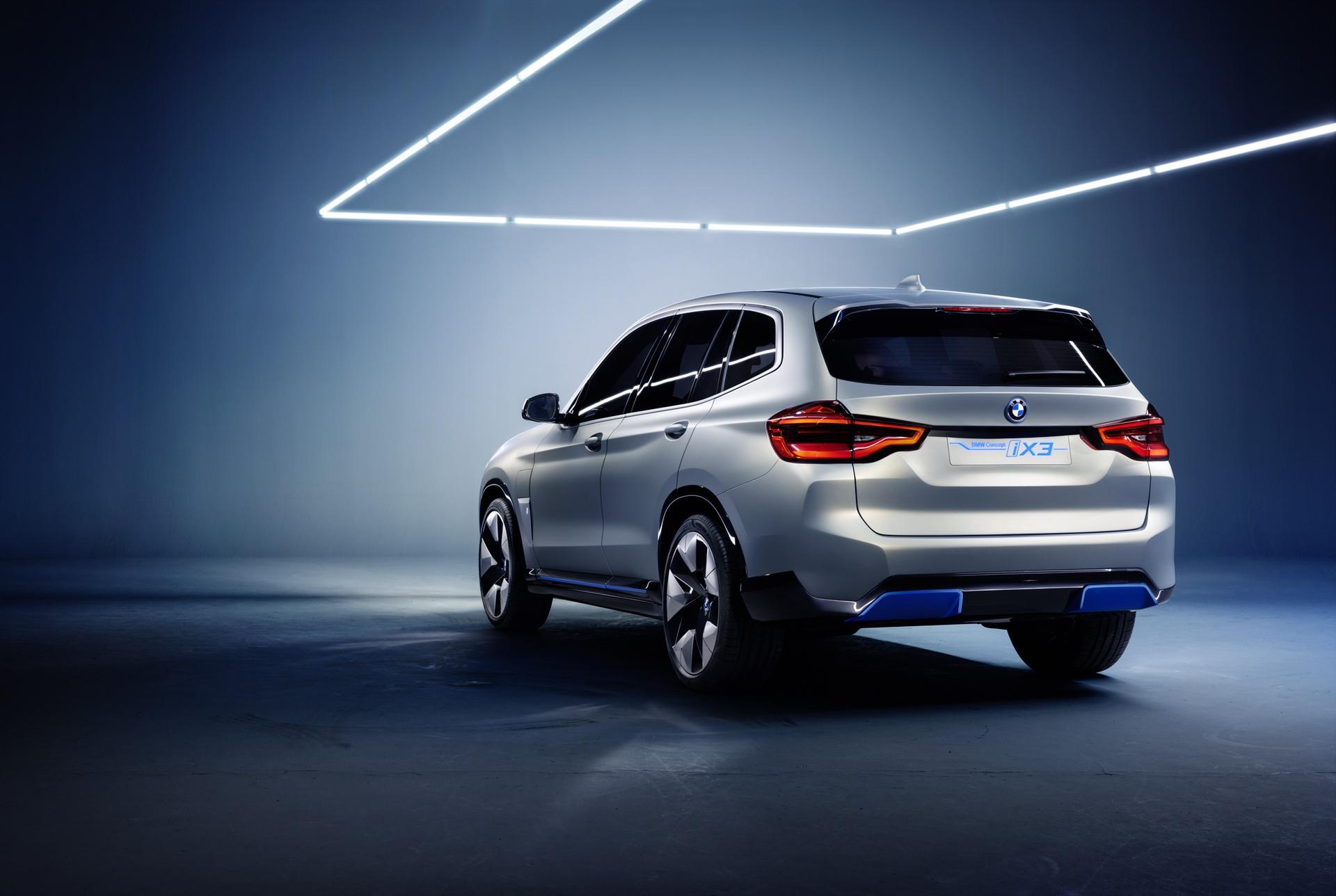 BMW_iX3_Concept_0003