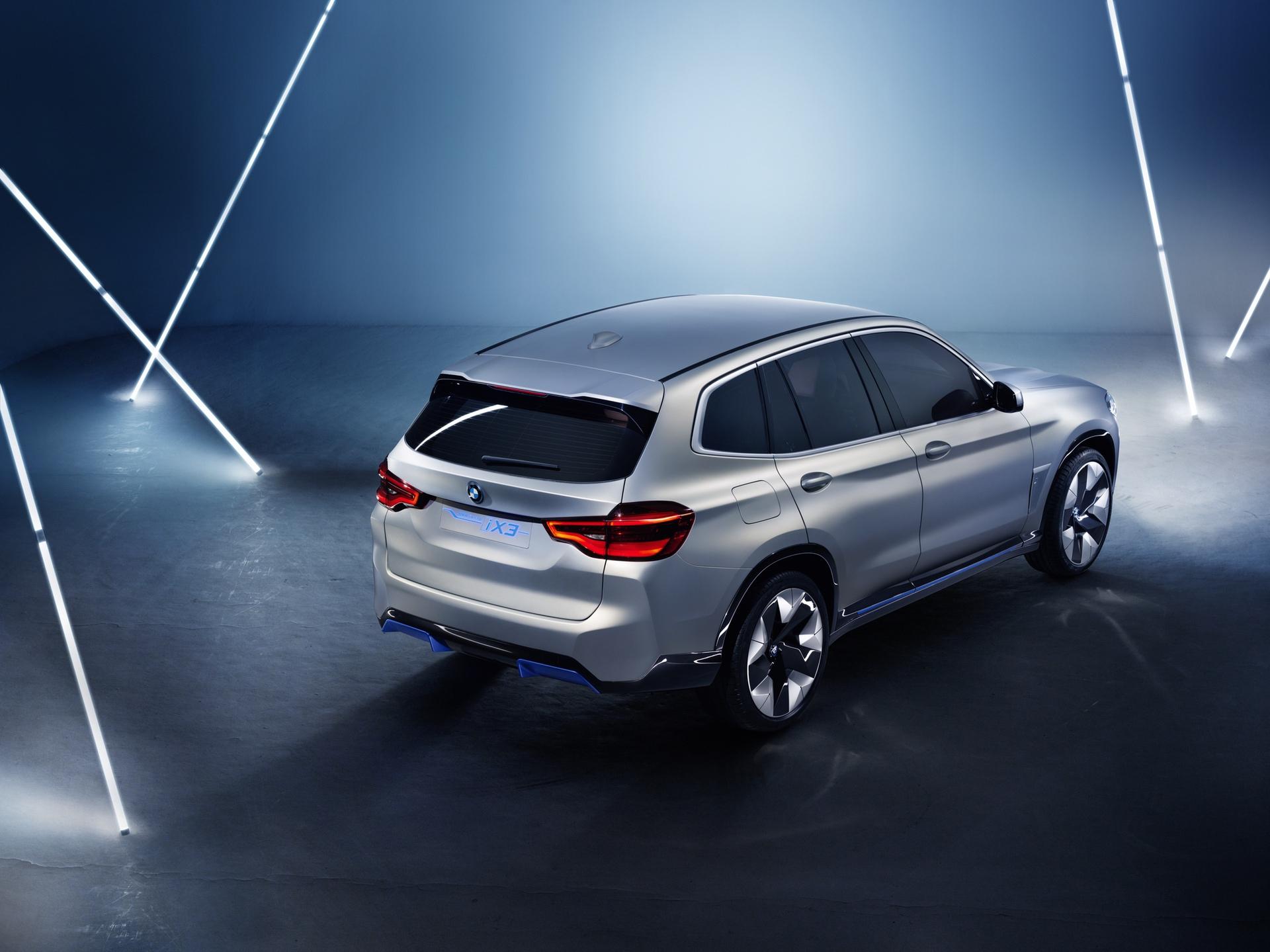 BMW_iX3_Concept_0004