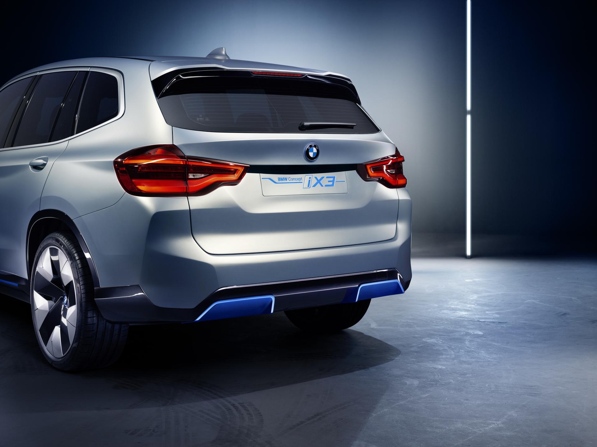 BMW_iX3_Concept_0008