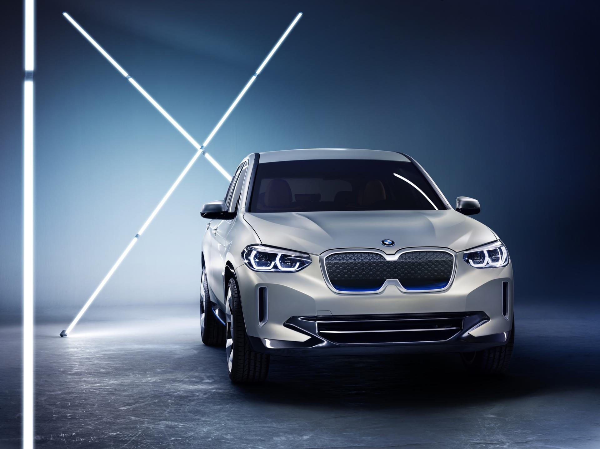 BMW_iX3_Concept_0013