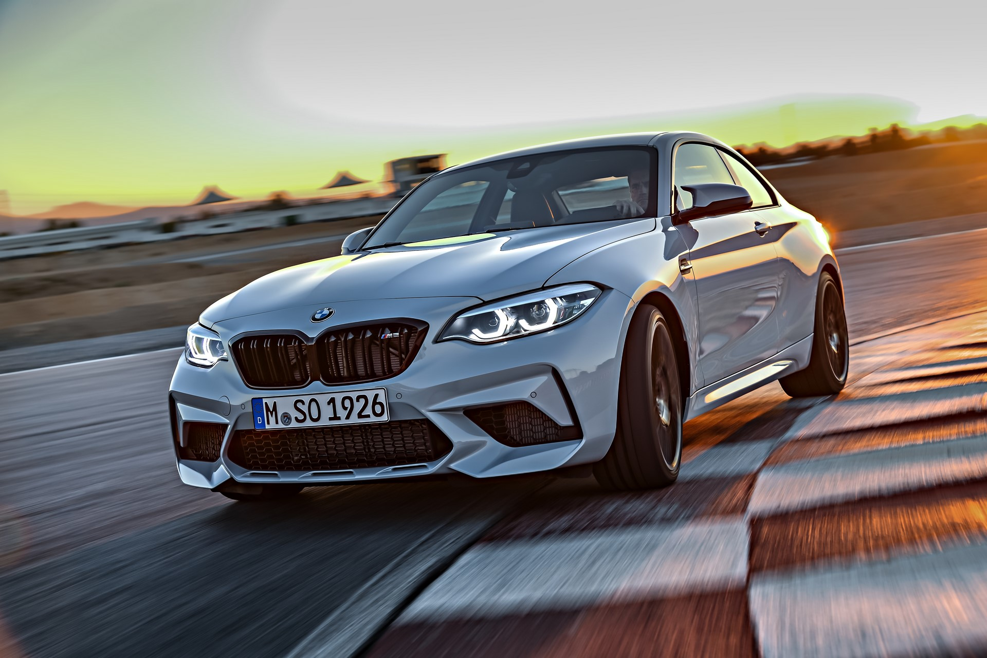 BMW M2 Competition 2019 (1)