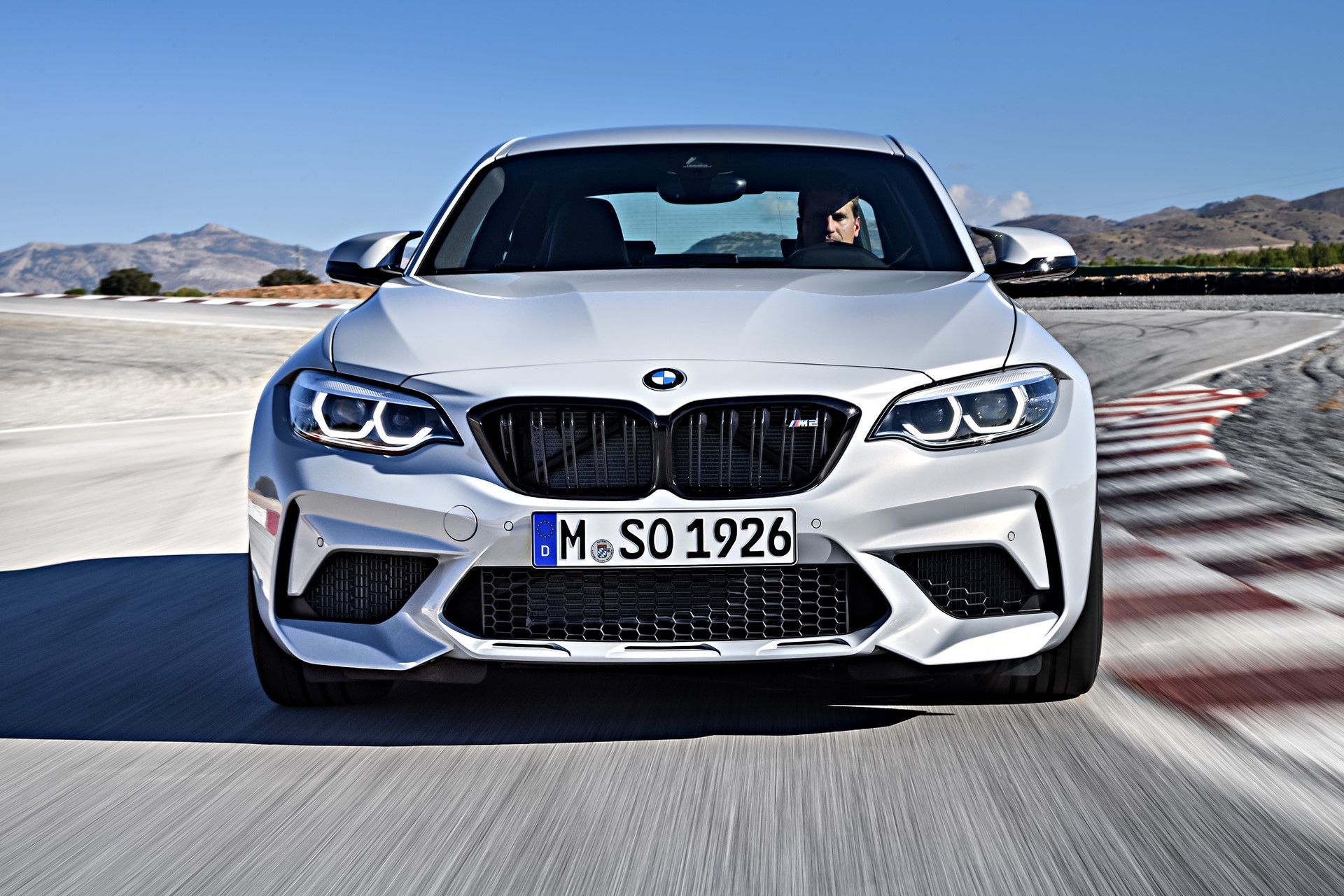 BMW M2 Competition 2019 (10)
