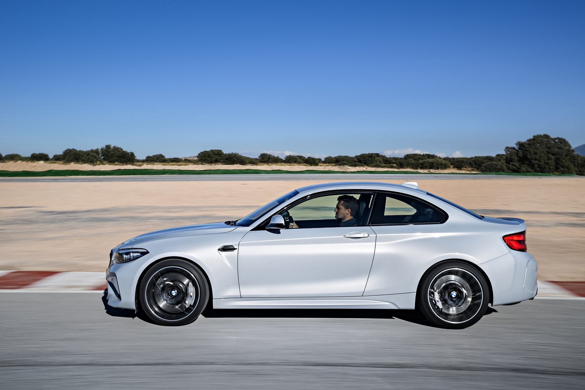 BMW M2 Competition 2019 (12)