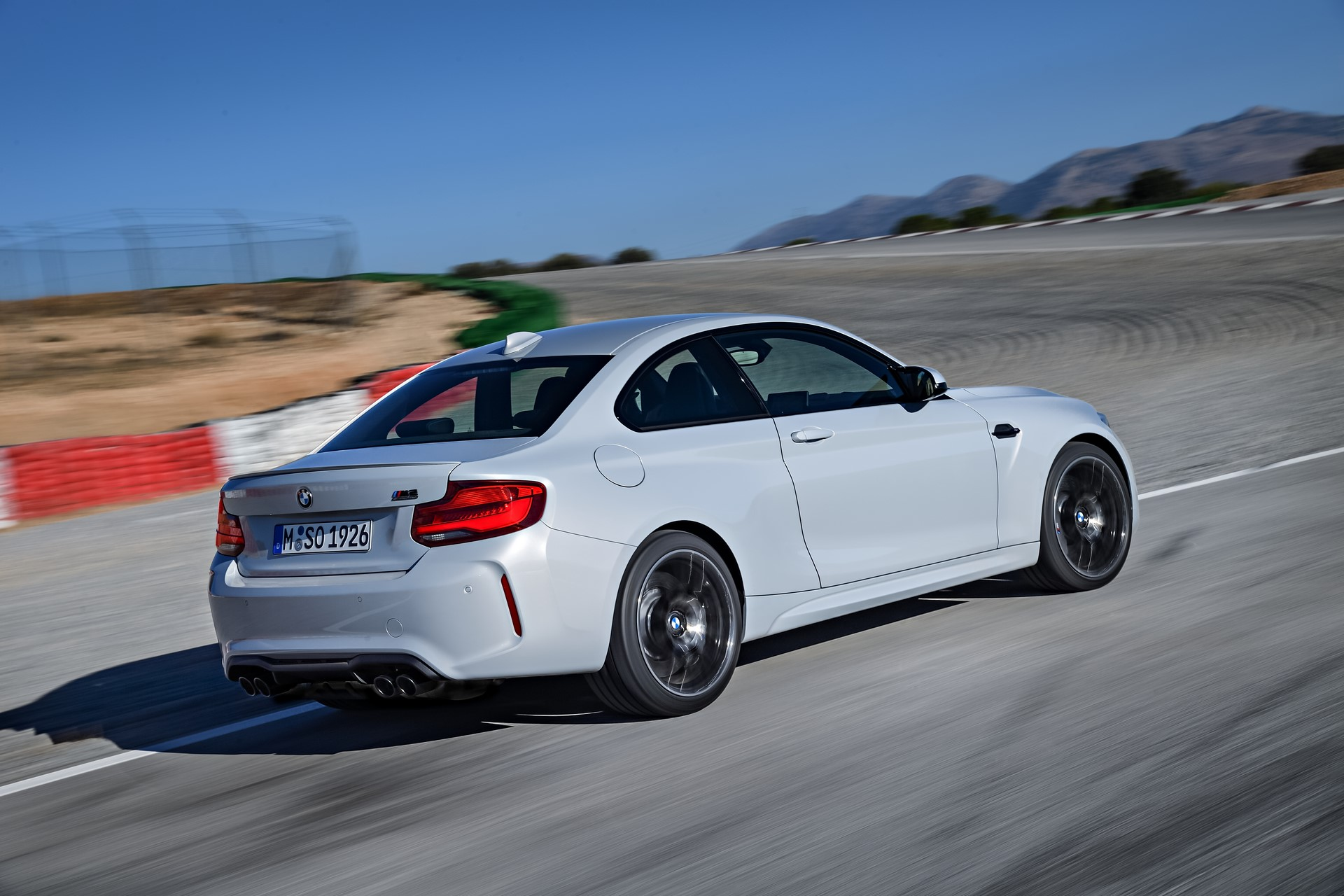 BMW M2 Competition 2019 (13)