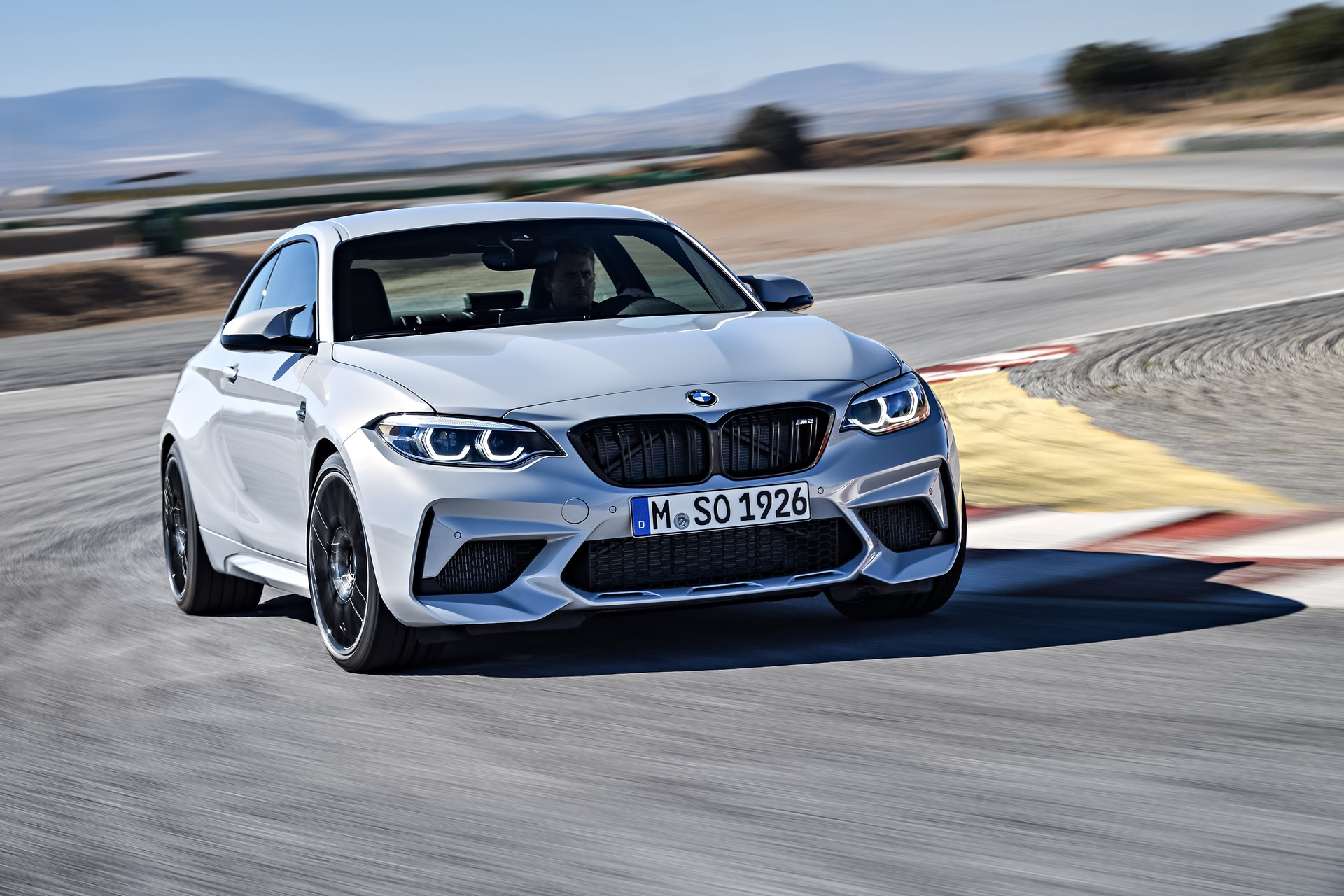 BMW M2 Competition 2019 (5)
