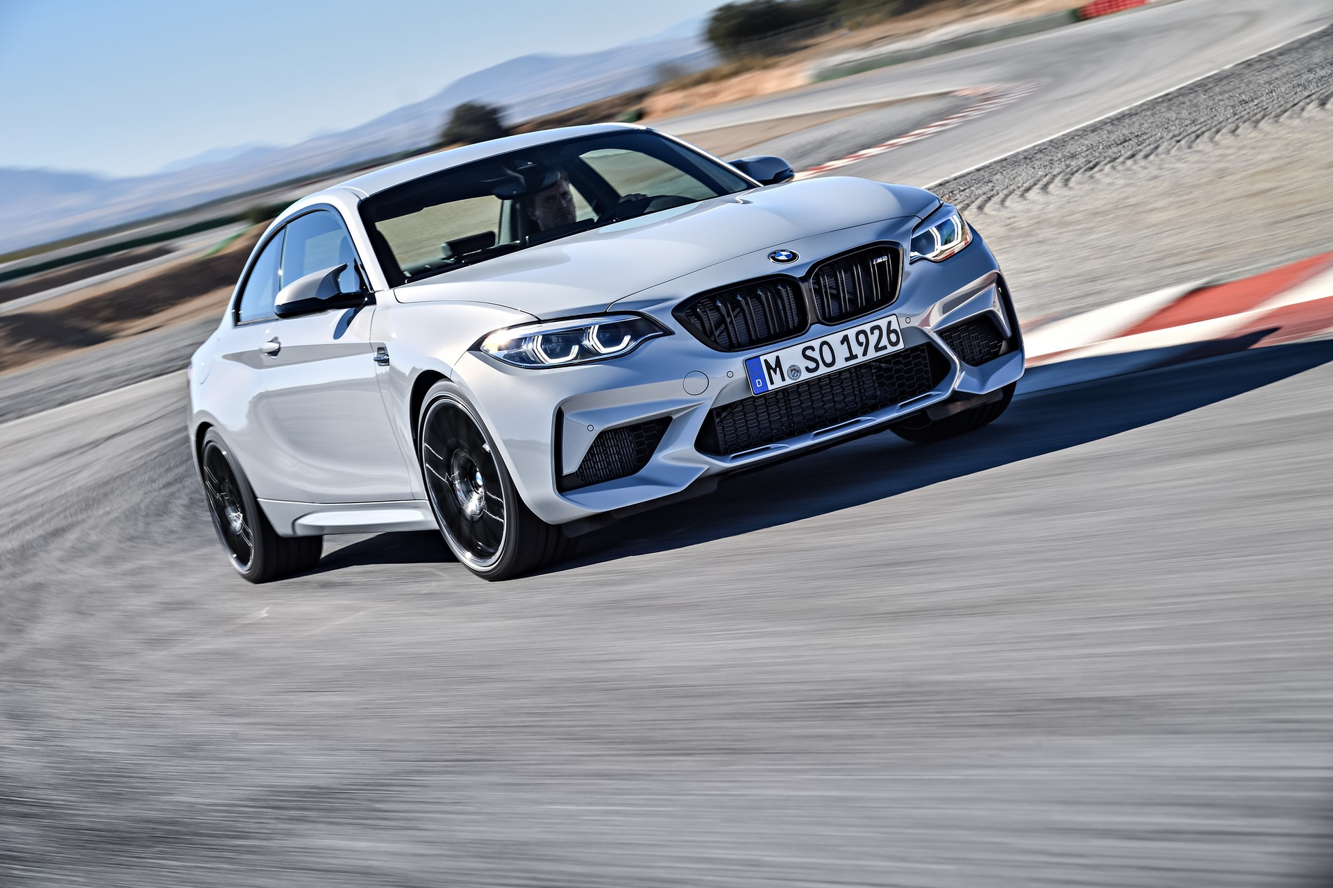 BMW M2 Competition 2019 (8)