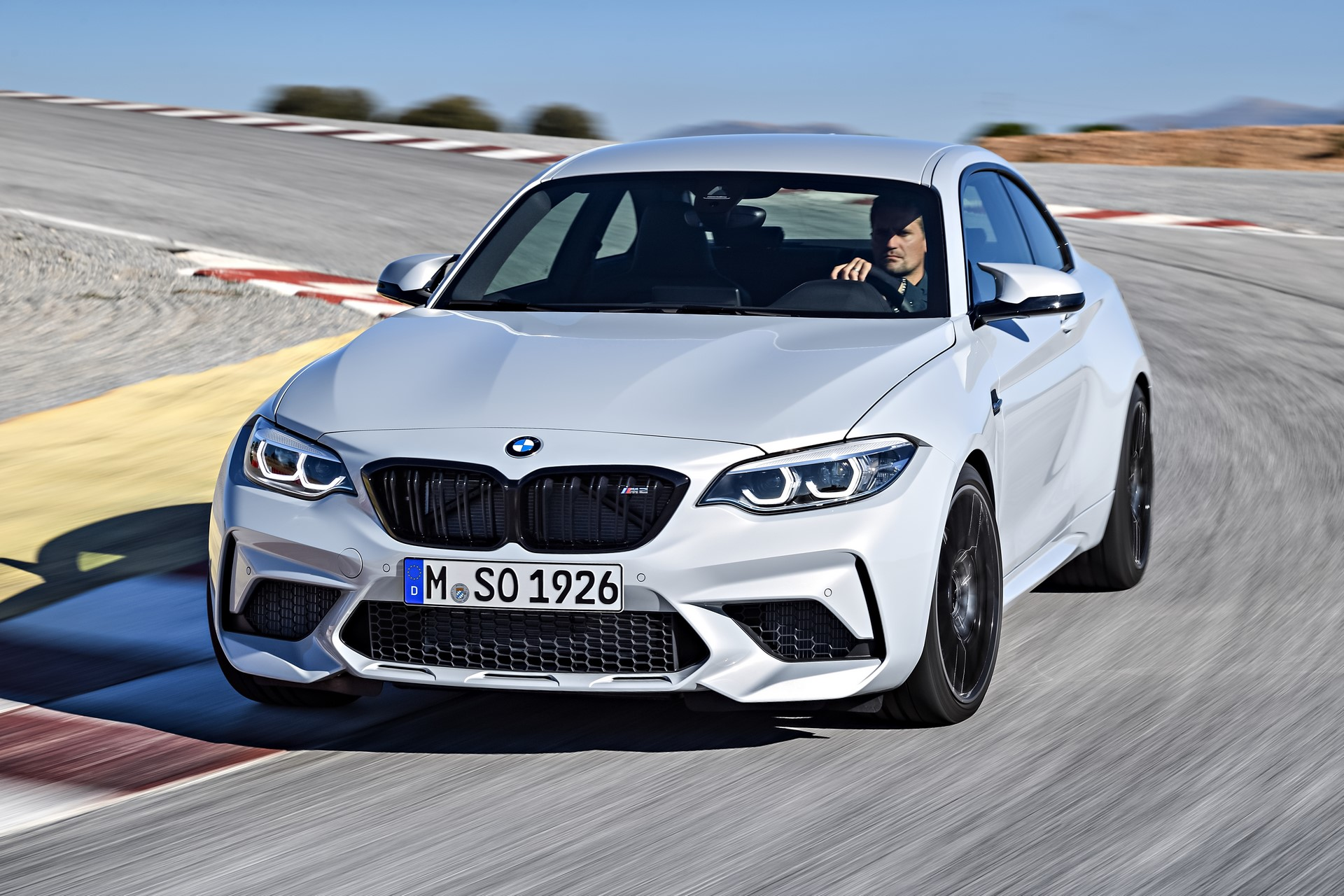 BMW M2 Competition 2019 (9)