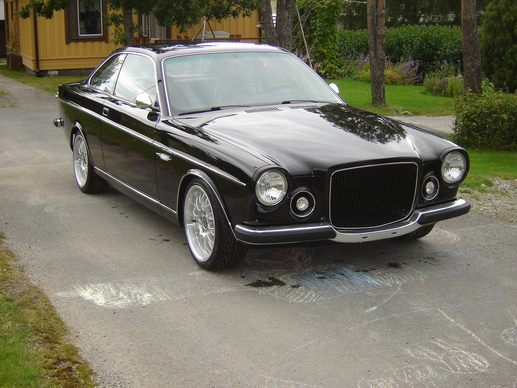 BMW_M3_Volvo_162_Coupe_0003