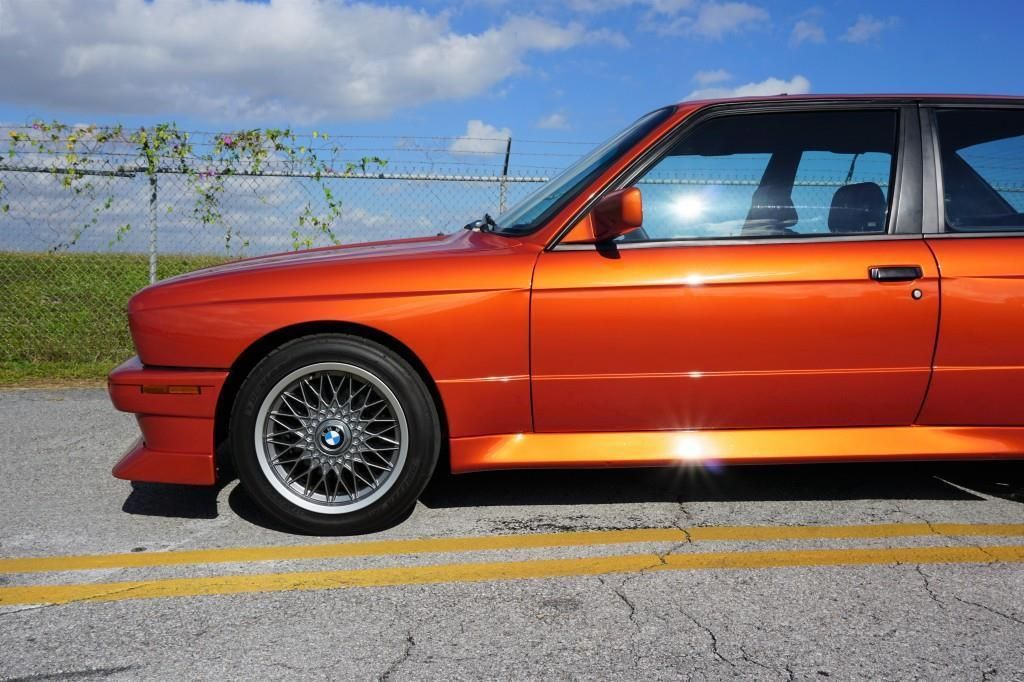 BMW_M3_E30_Valencia_Orange_02