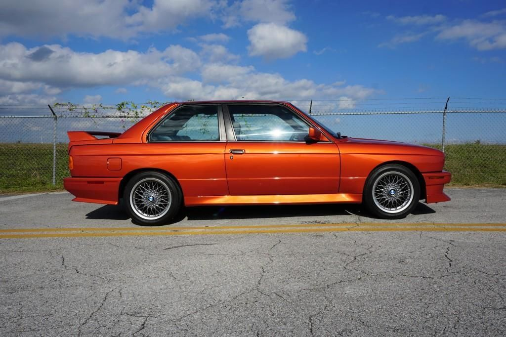 BMW_M3_E30_Valencia_Orange_04