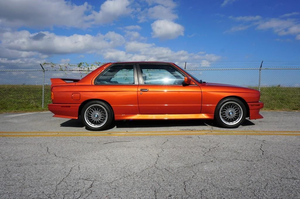 BMW_M3_E30_Valencia_Orange_12