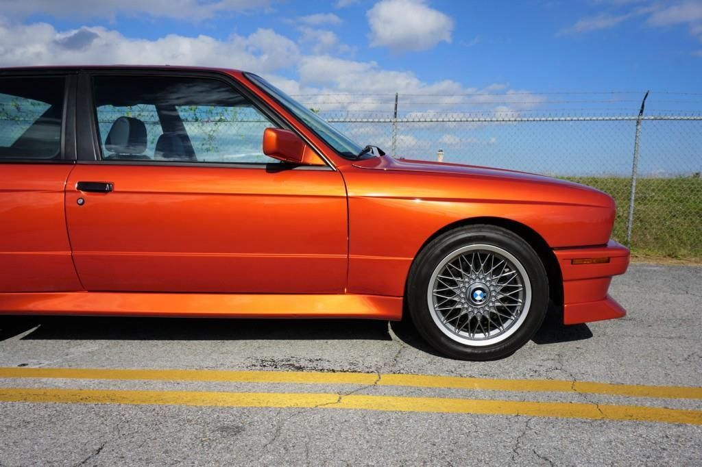 BMW_M3_E30_Valencia_Orange_14
