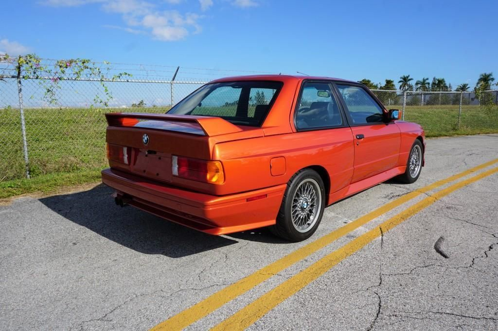 BMW_M3_E30_Valencia_Orange_15