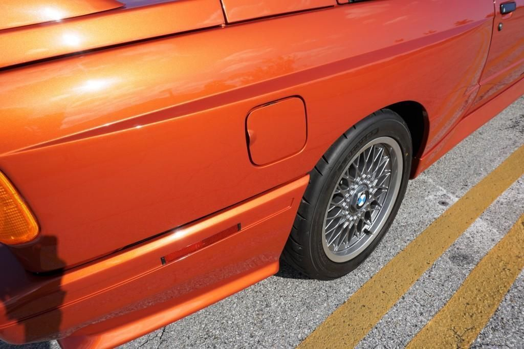 BMW_M3_E30_Valencia_Orange_21