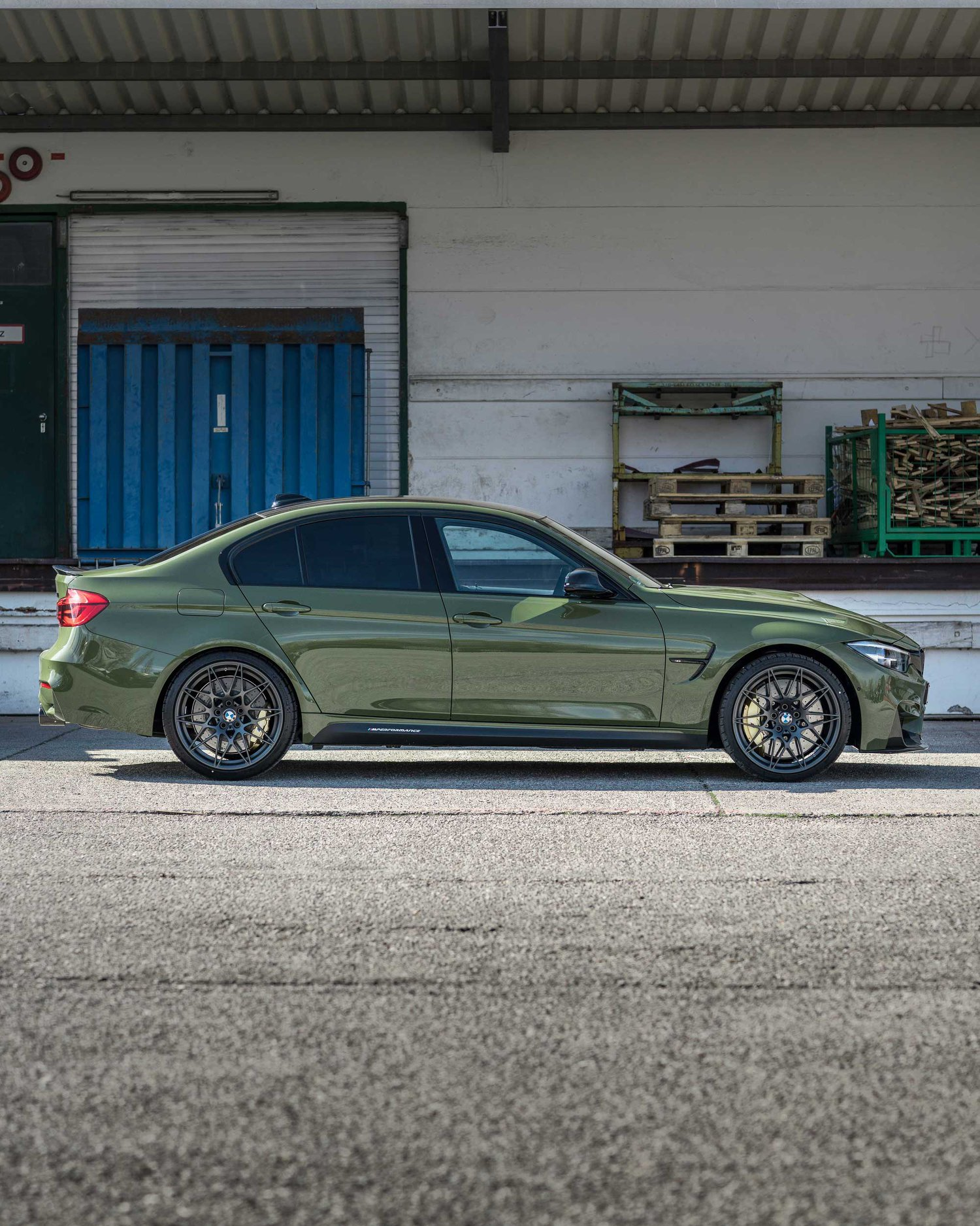 BMW M3 Urban Green From BMW Individual (3)