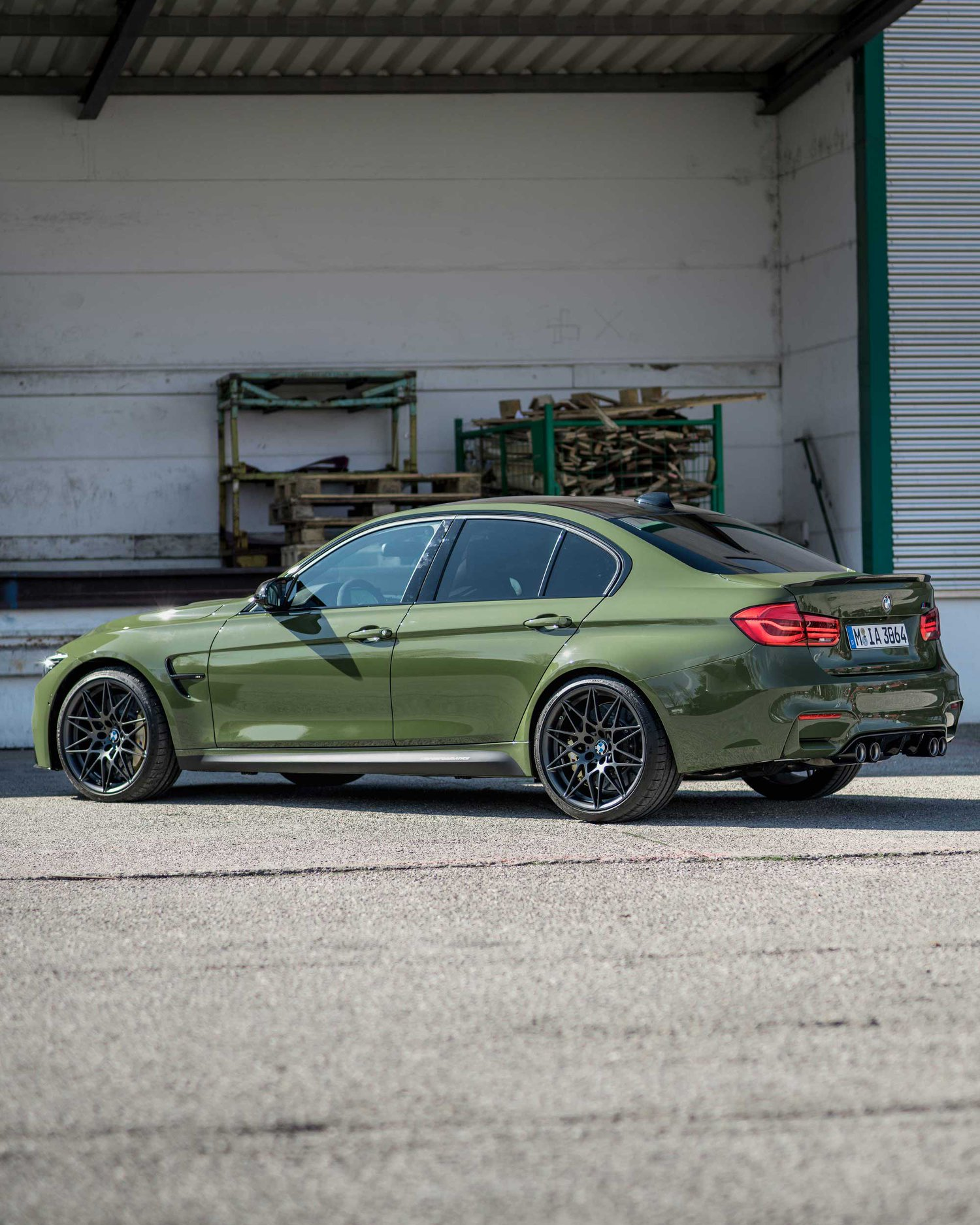 BMW M3 Urban Green From BMW Individual (4)