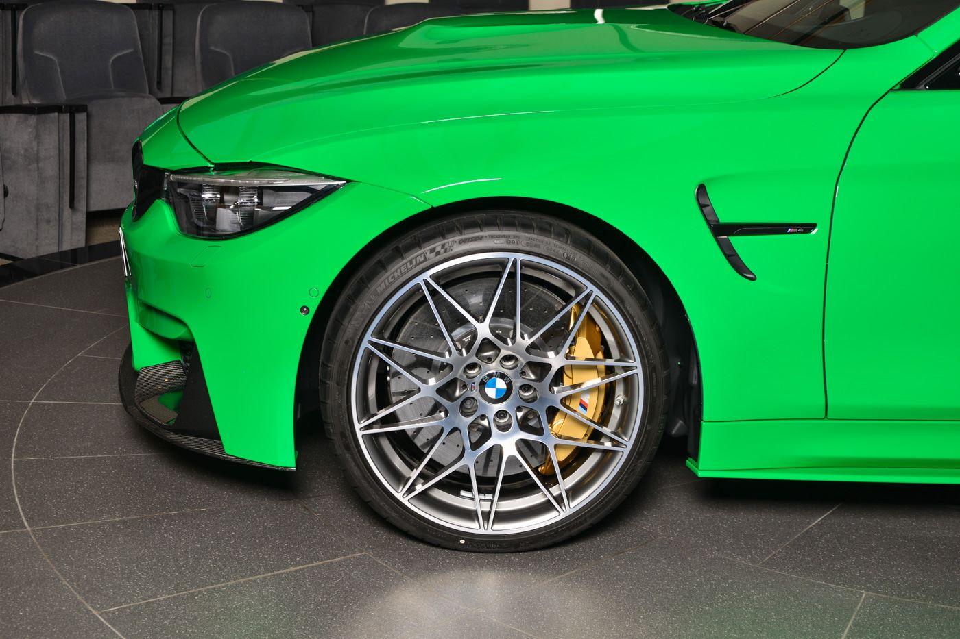 BMW_M4_Signal_Green_0004