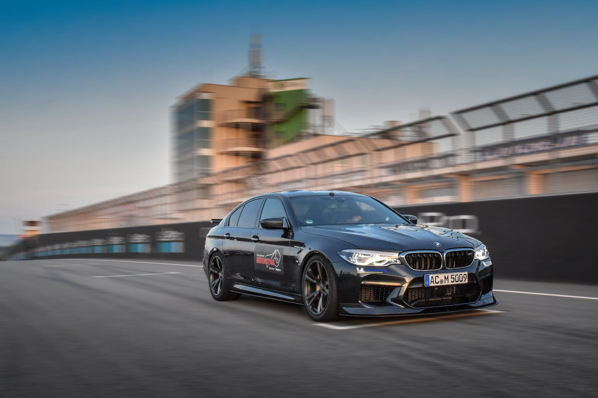 BMW_M5_Prototype_by_AC-Schnitzer_Sachsenring_0003