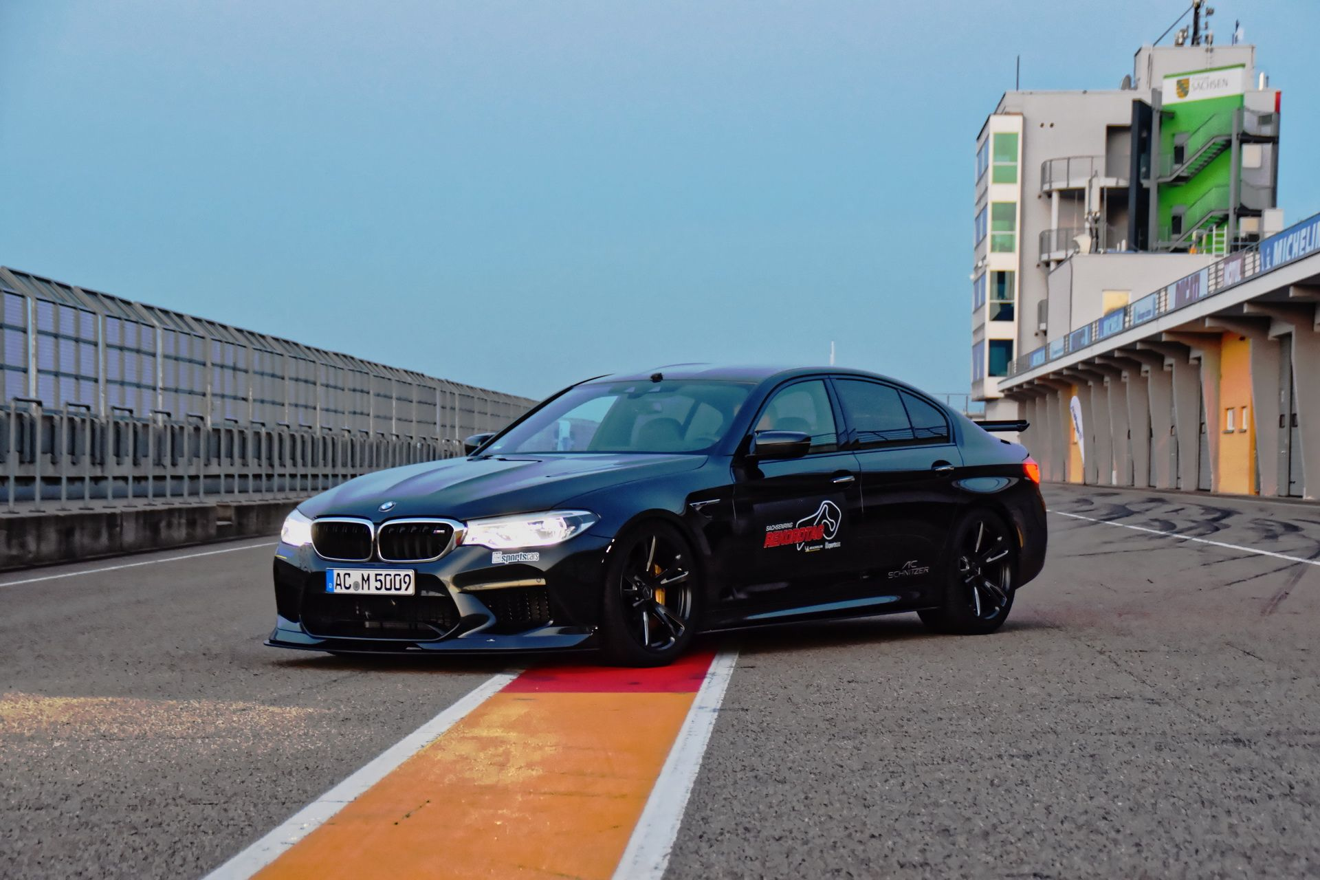 BMW_M5_Prototype_by_AC-Schnitzer_Sachsenring_0005