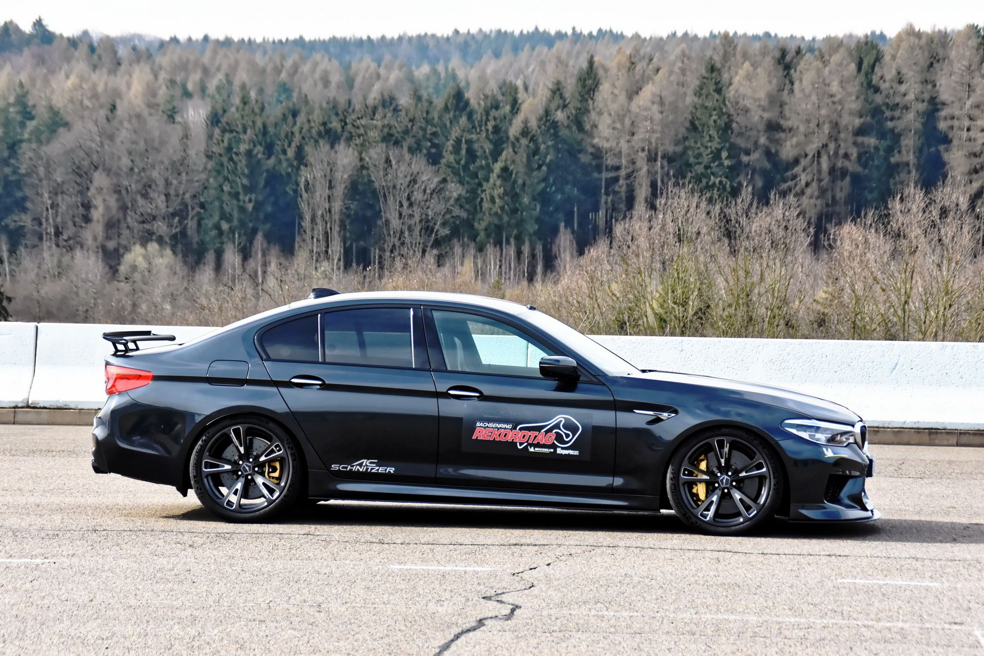 BMW_M5_Prototype_by_AC-Schnitzer_Sachsenring_0007