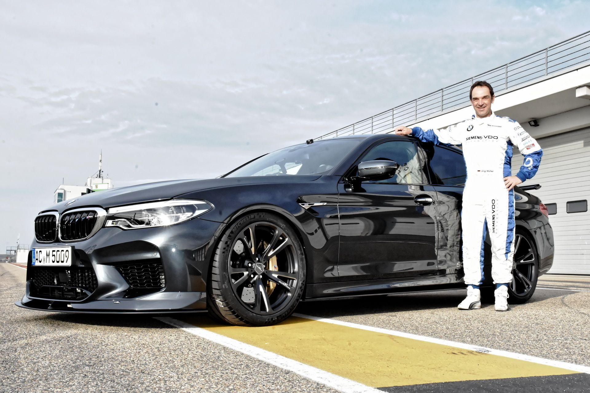 BMW_M5_Prototype_by_AC-Schnitzer_Sachsenring_0009