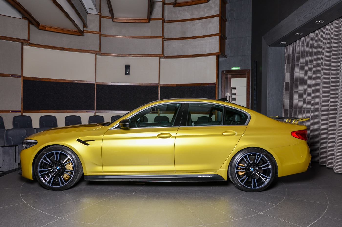 BMW M5 Competition Austin Yellow (11)