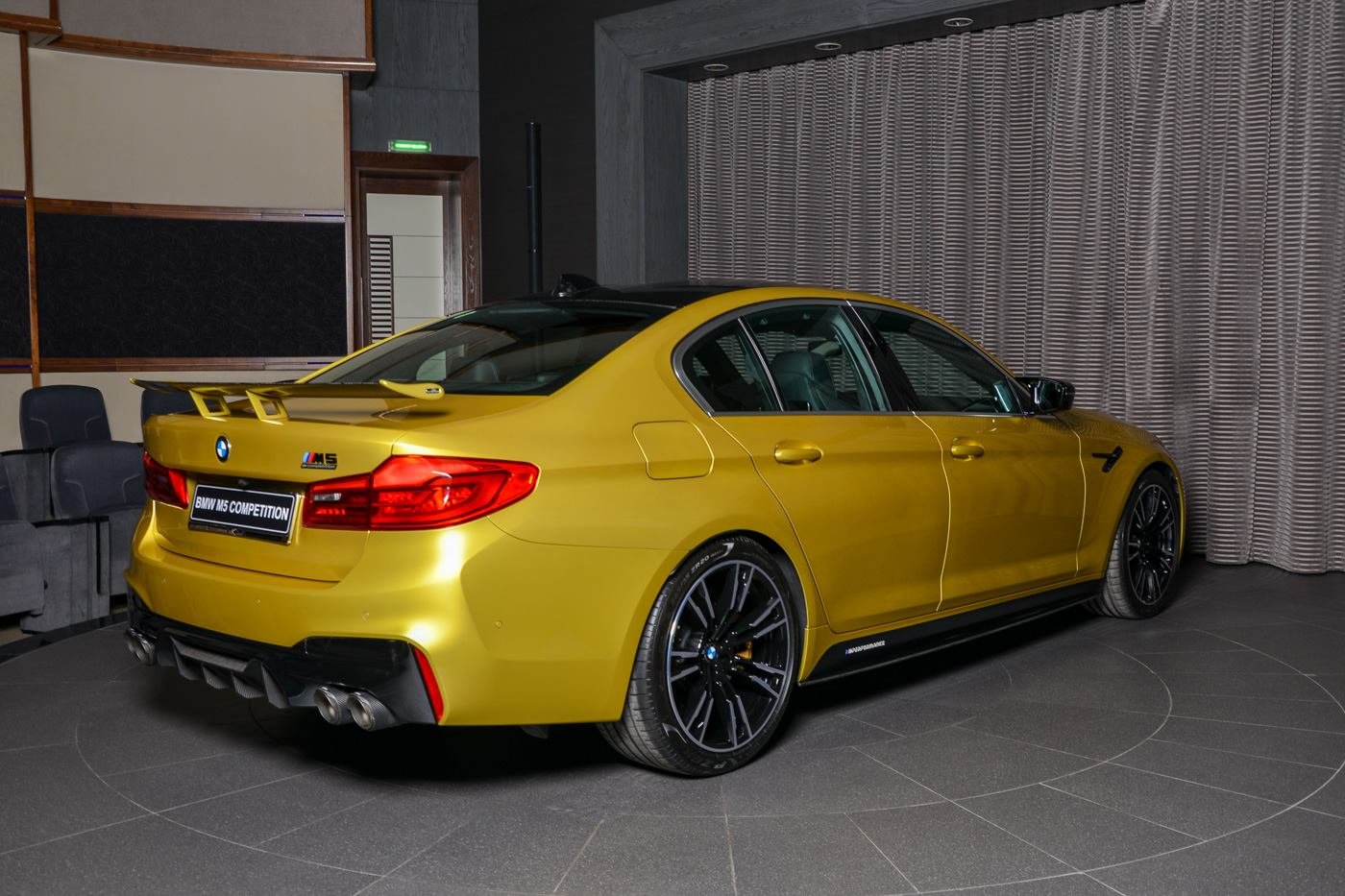 BMW M5 Competition Austin Yellow (18)