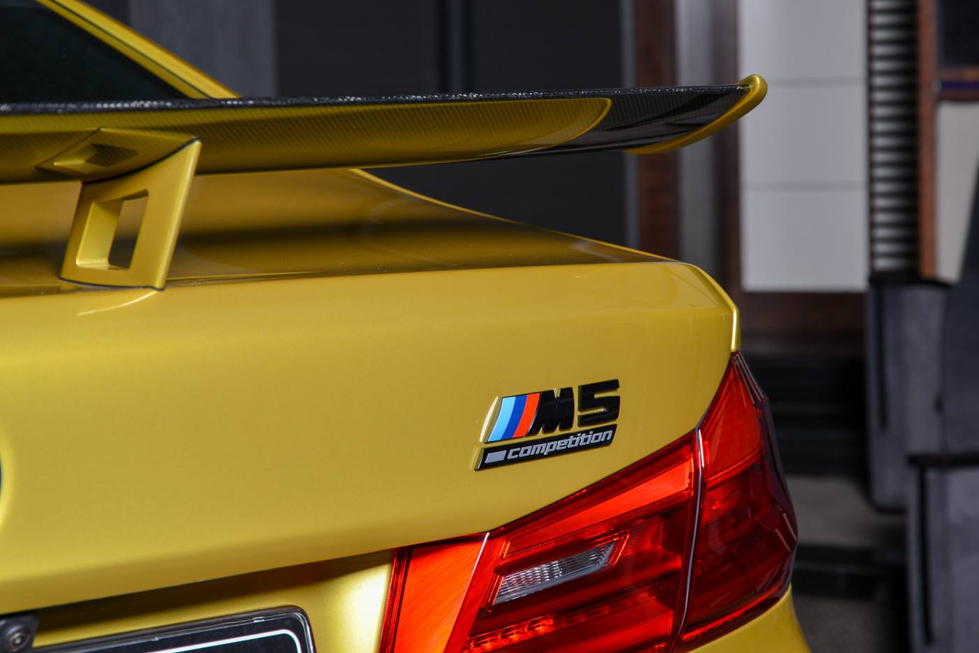 BMW M5 Competition Austin Yellow (3)
