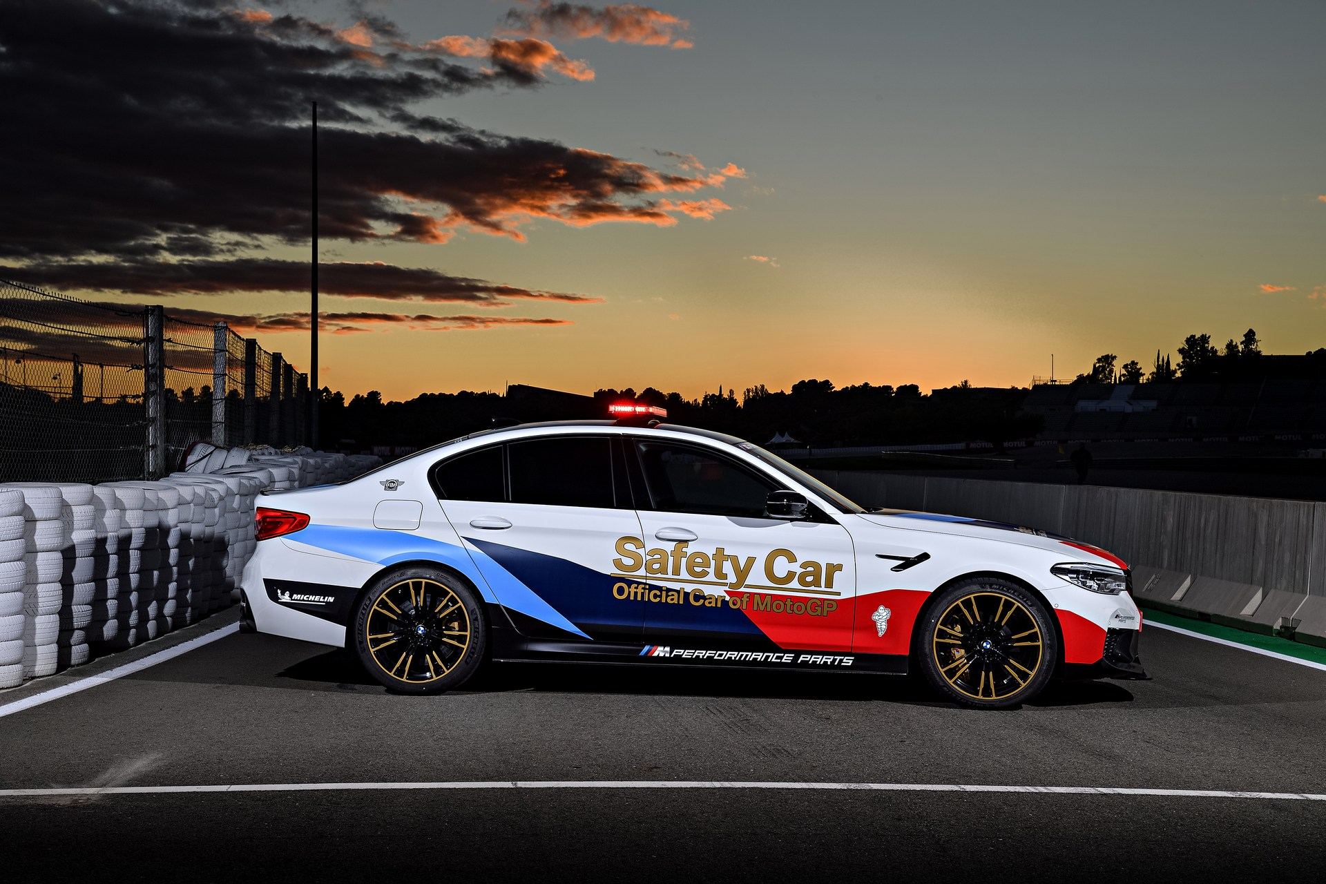 BMW_M5_Safety_Car_0014