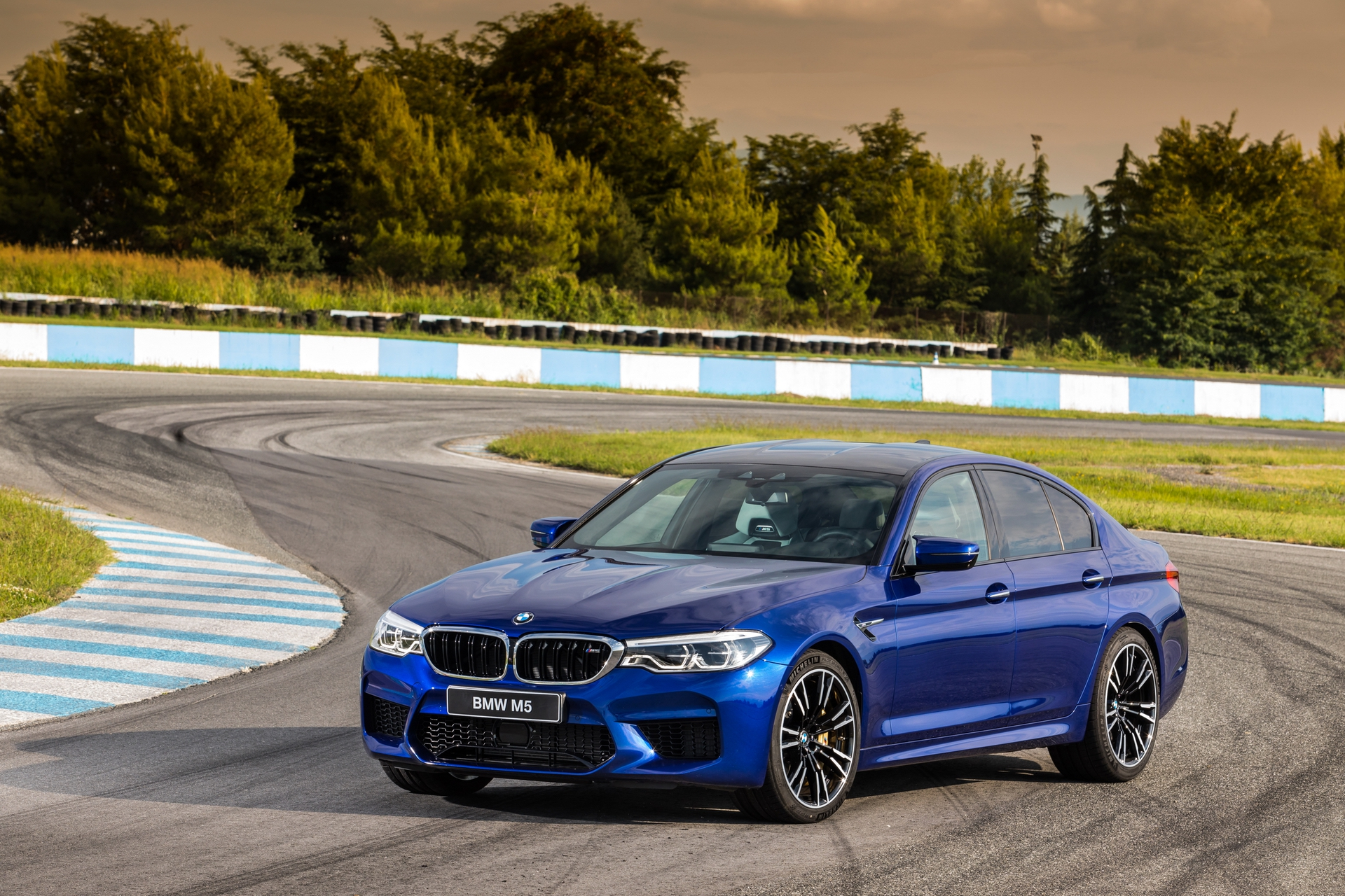 BMW_M5_greek_presskit_0001