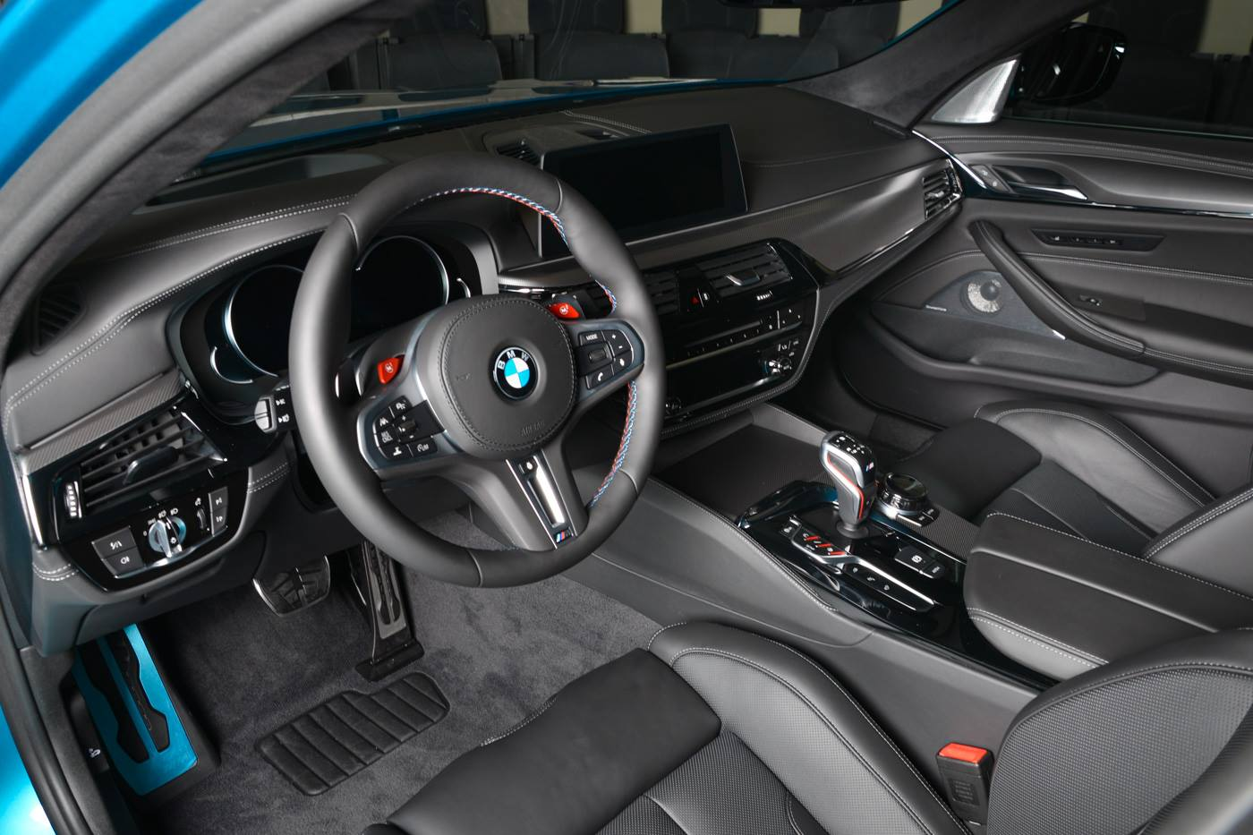 BMW_M5_Snapper_Rocks_Blue_0008