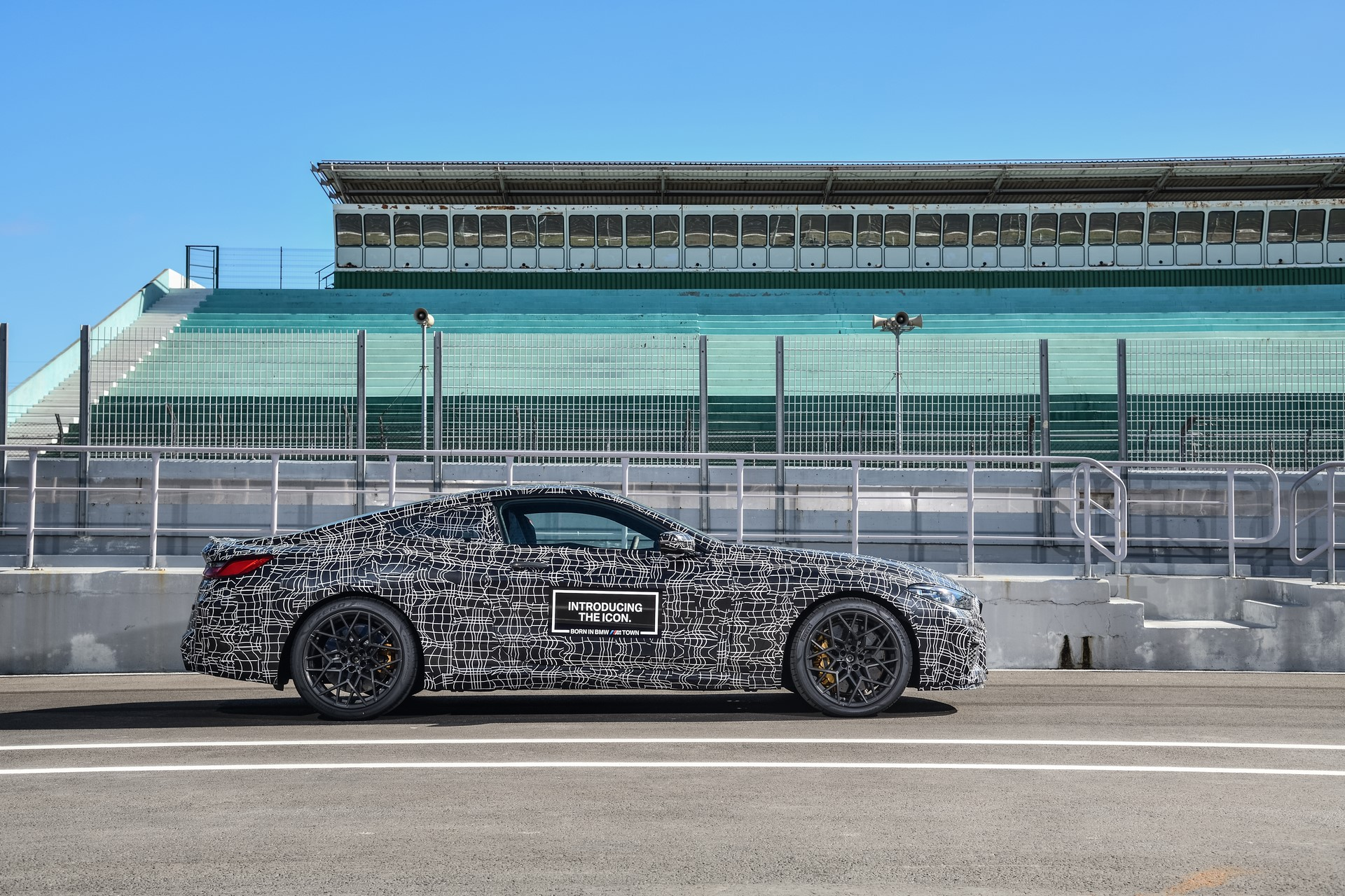 BMW M8 2019 Official Spy Photos (11)