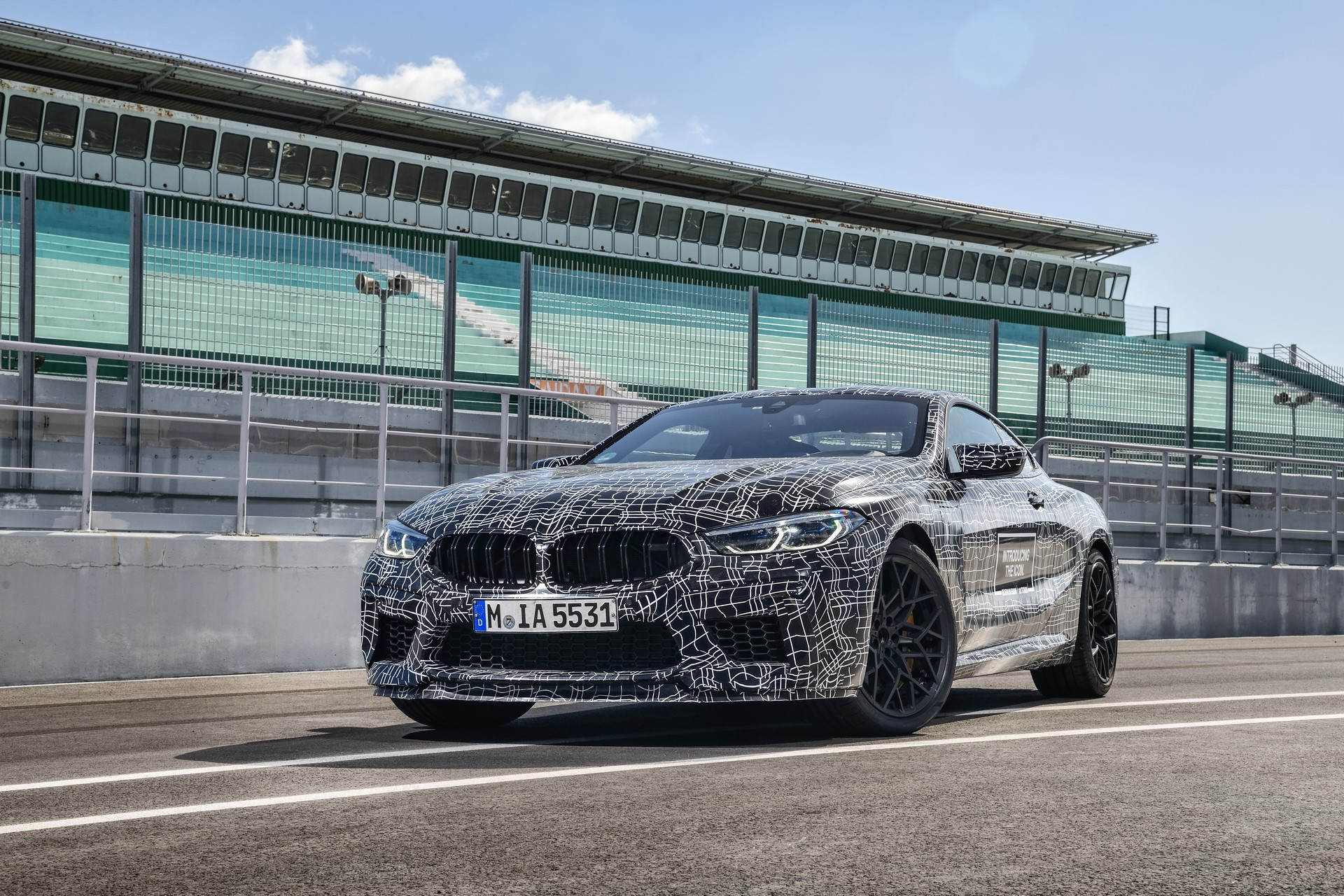 BMW M8 2019 Official Spy Photos (4)