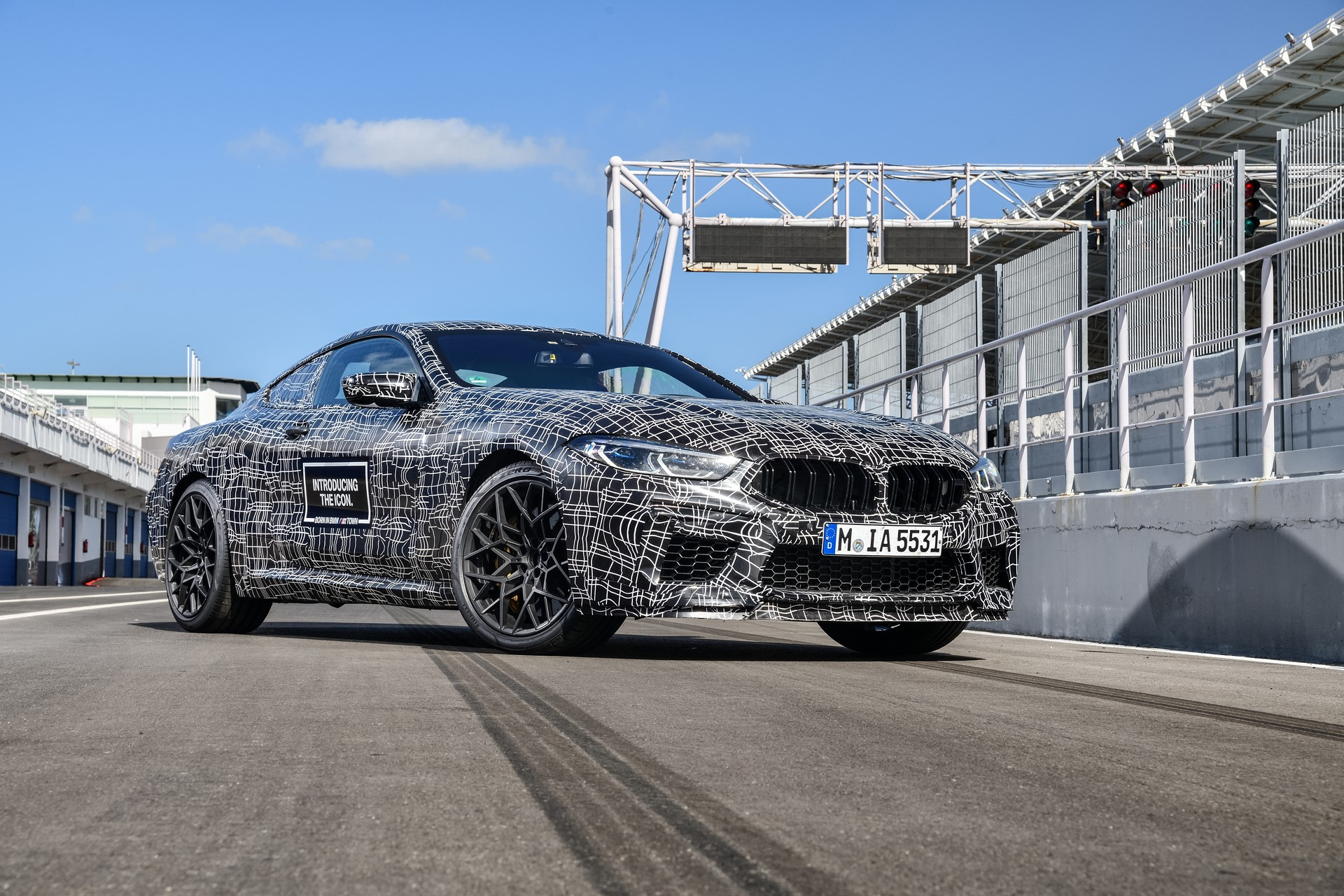 BMW M8 2019 Official Spy Photos (5)