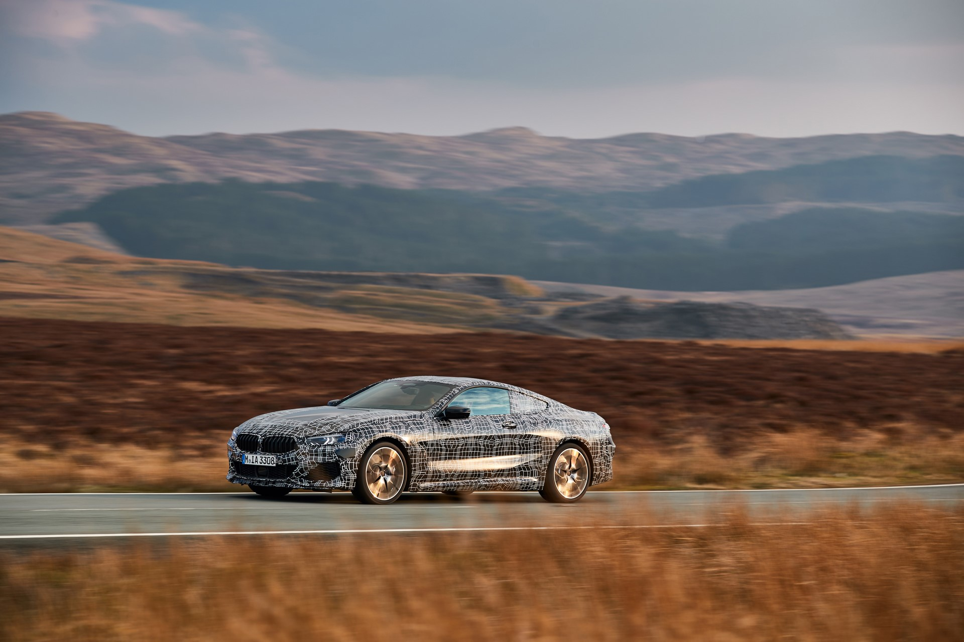 BMW M850i xDrive spy (23)