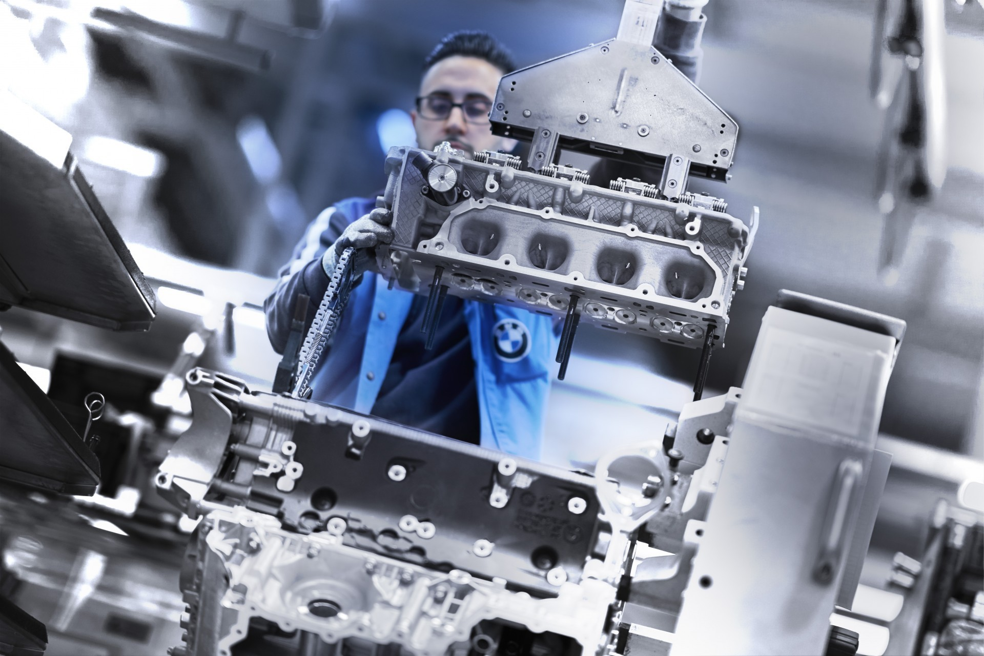 BMW V8 engine 12