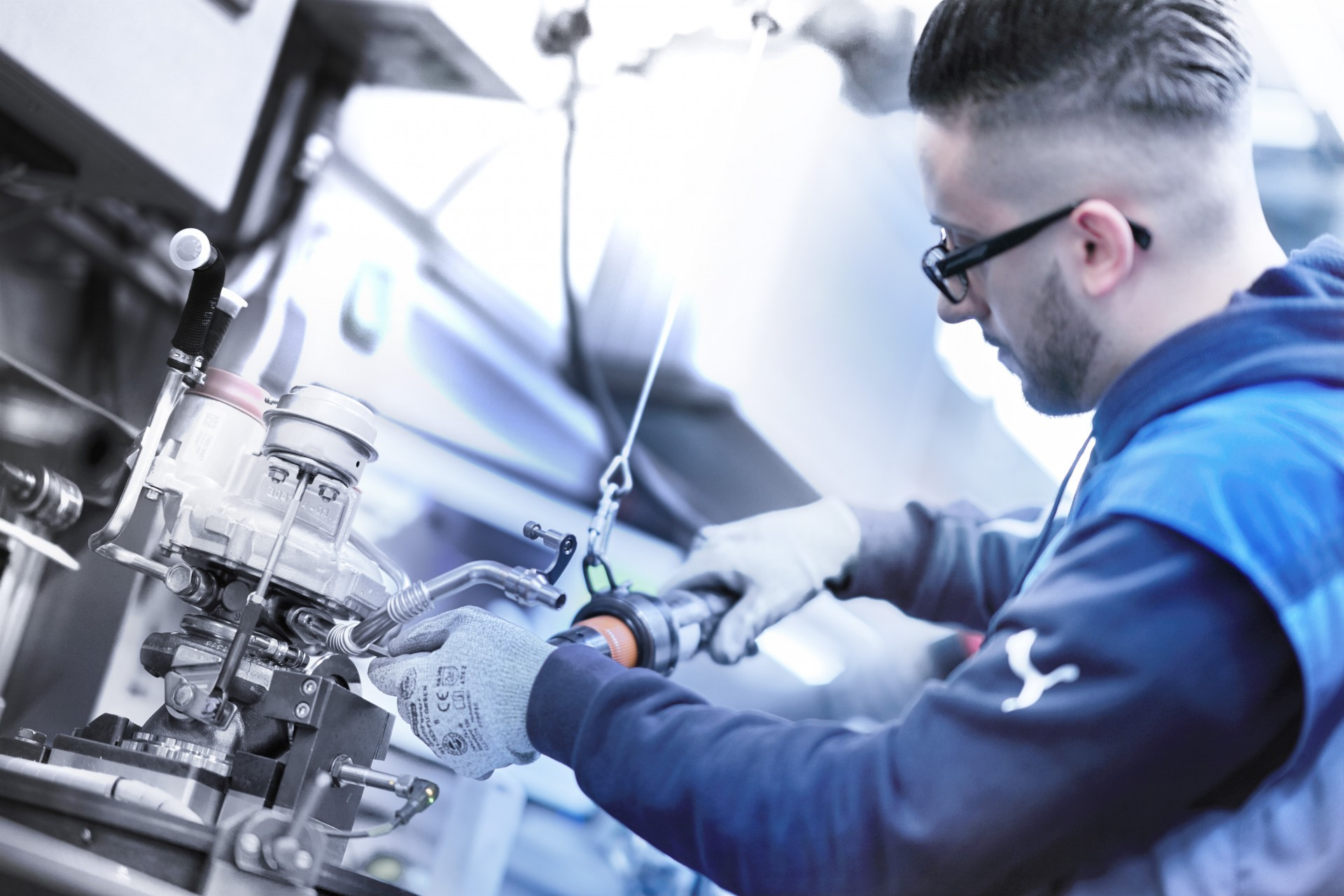 BMW V8 engine 2