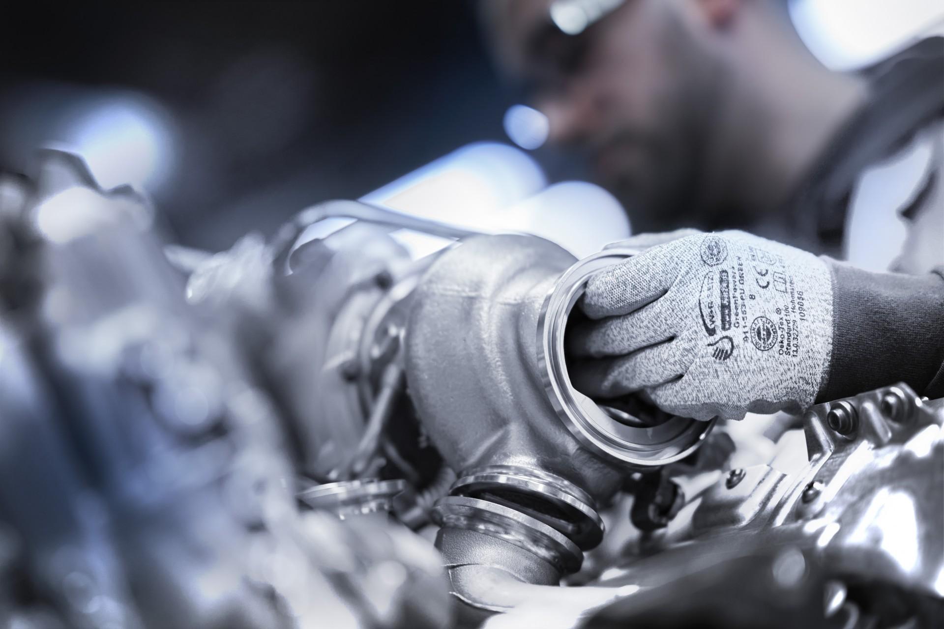 BMW V8 engine 3